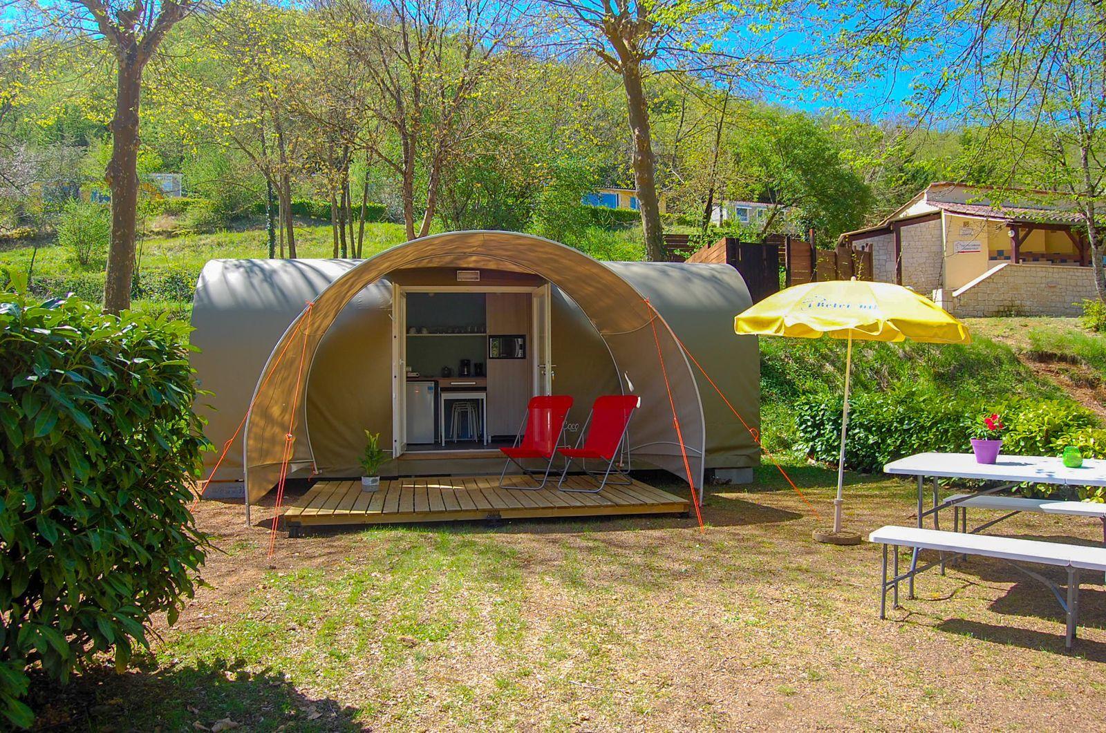 Tente au glamping Le Petit Château