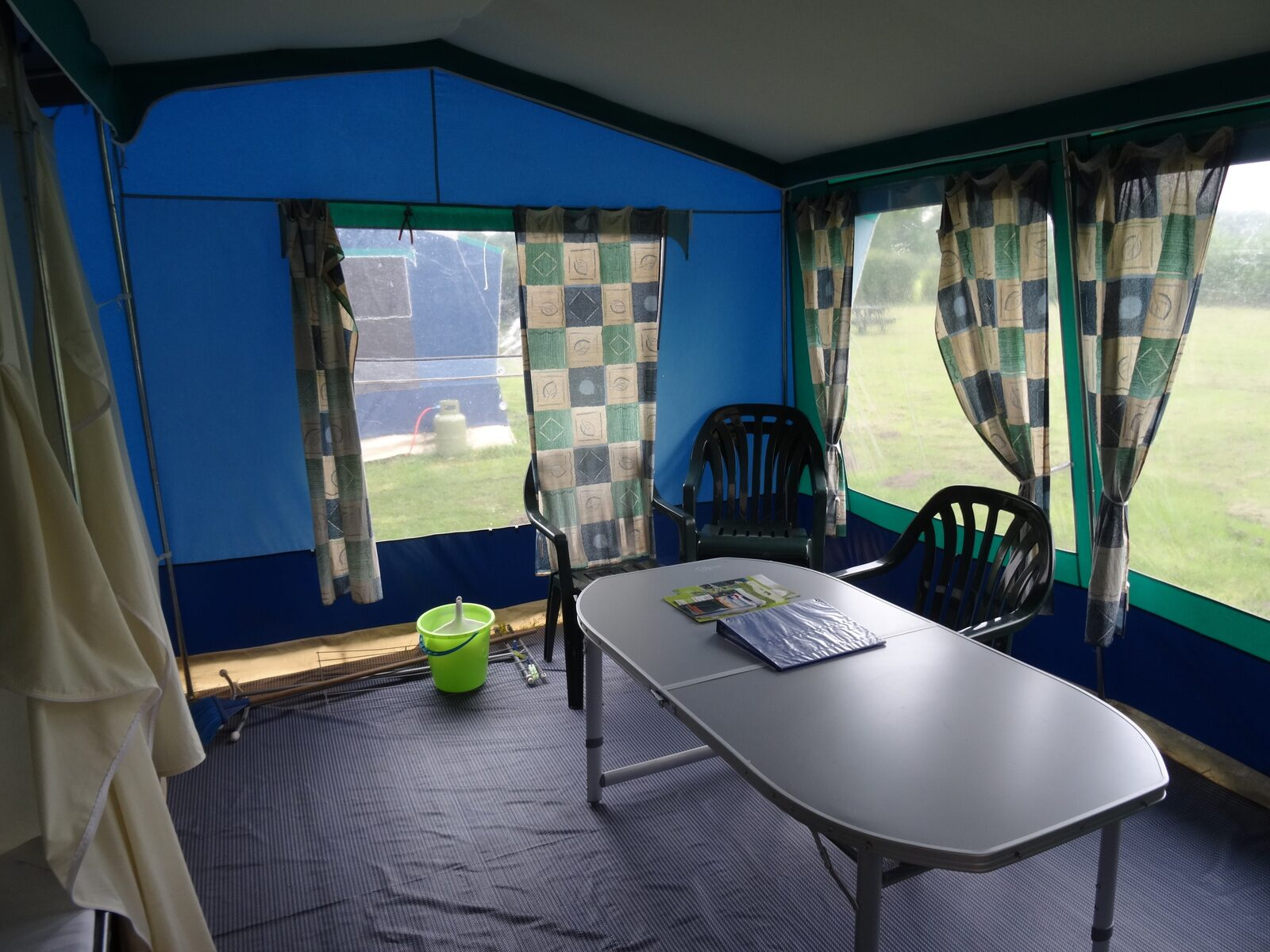 Rental tent Bungalow 4 p.