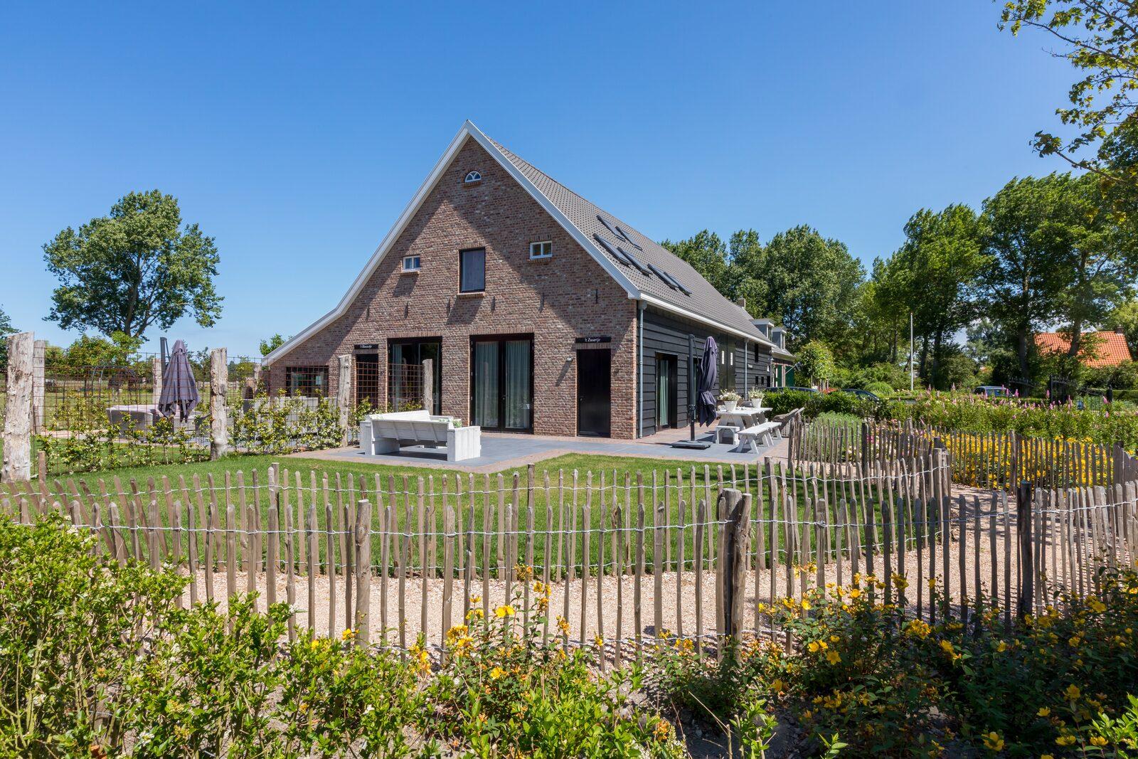 "Holidayhouse - Lepelstraat 18B | Vrouwenpolder ""'t Zwartje"""