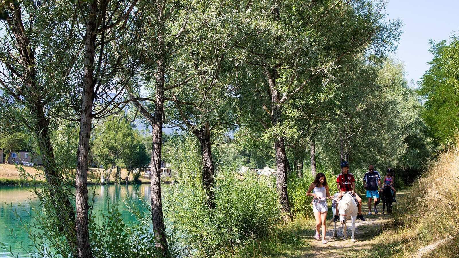 Le Lac Bleu | Luxe Sanitair XL 6 Pers.