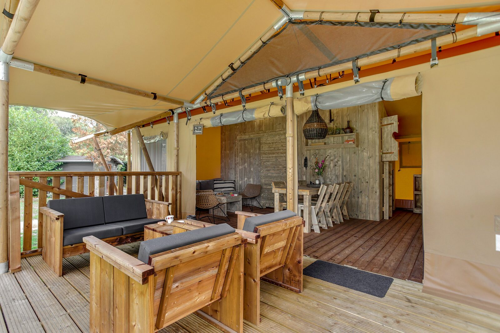 11. Cluster Dune Lodge 6 + 2-person