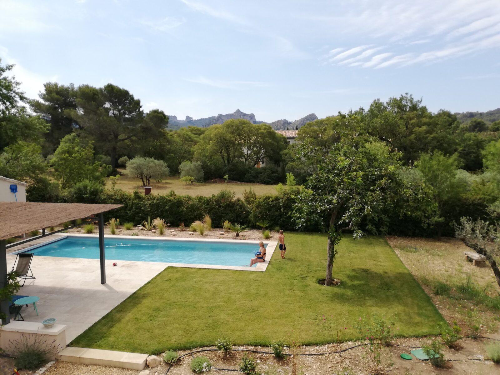 Mas du Grand Figuier met prachtige tuin en zwembad