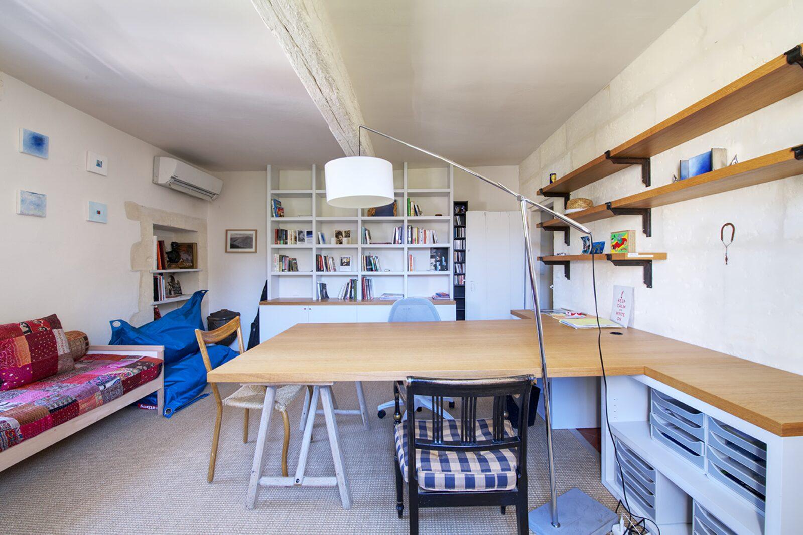 Mas Blanc luxe vakantiehuis in Provenҫaals dorp