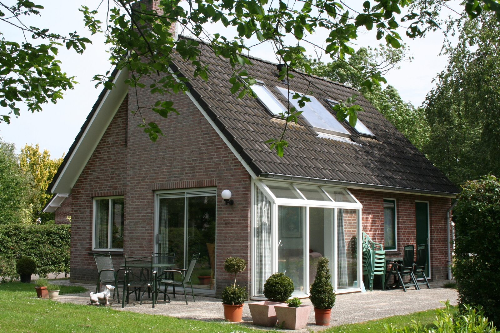 Six-person Bungalow Schipbeek