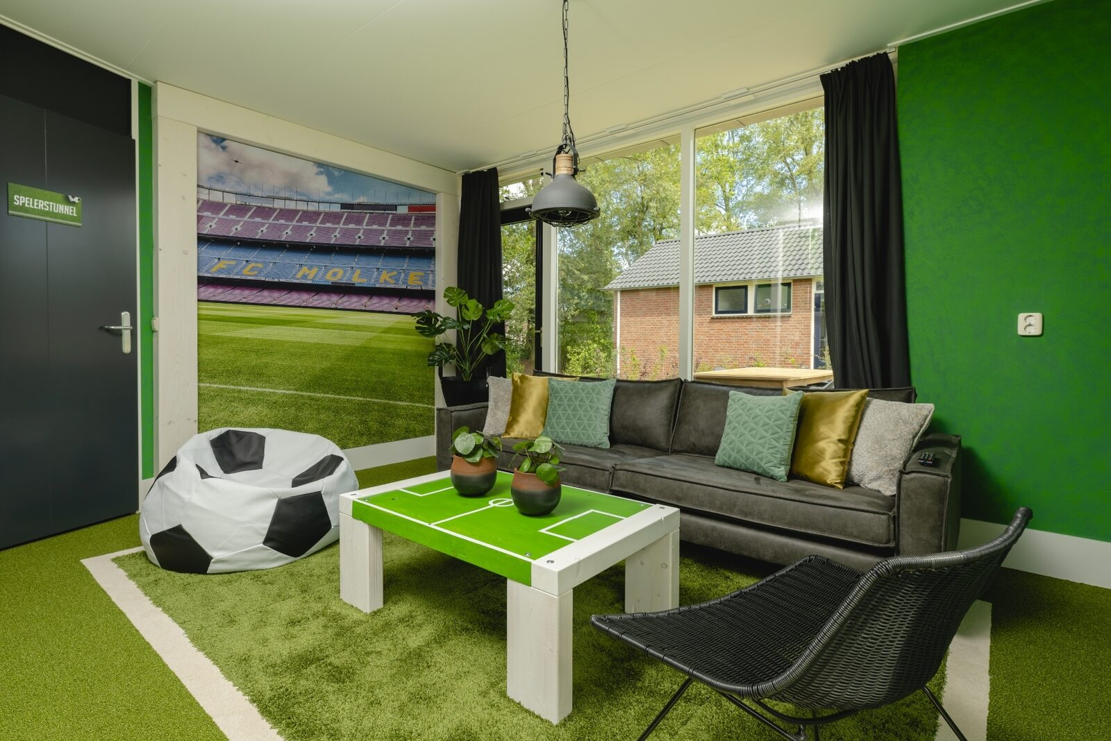 Child Bungalow | FC Mölke Stadium | 6 People