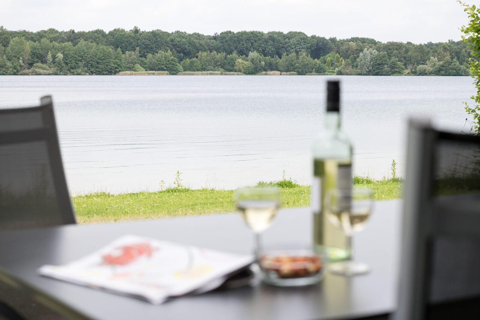 VIP Villa mit Blick aufs Wasser