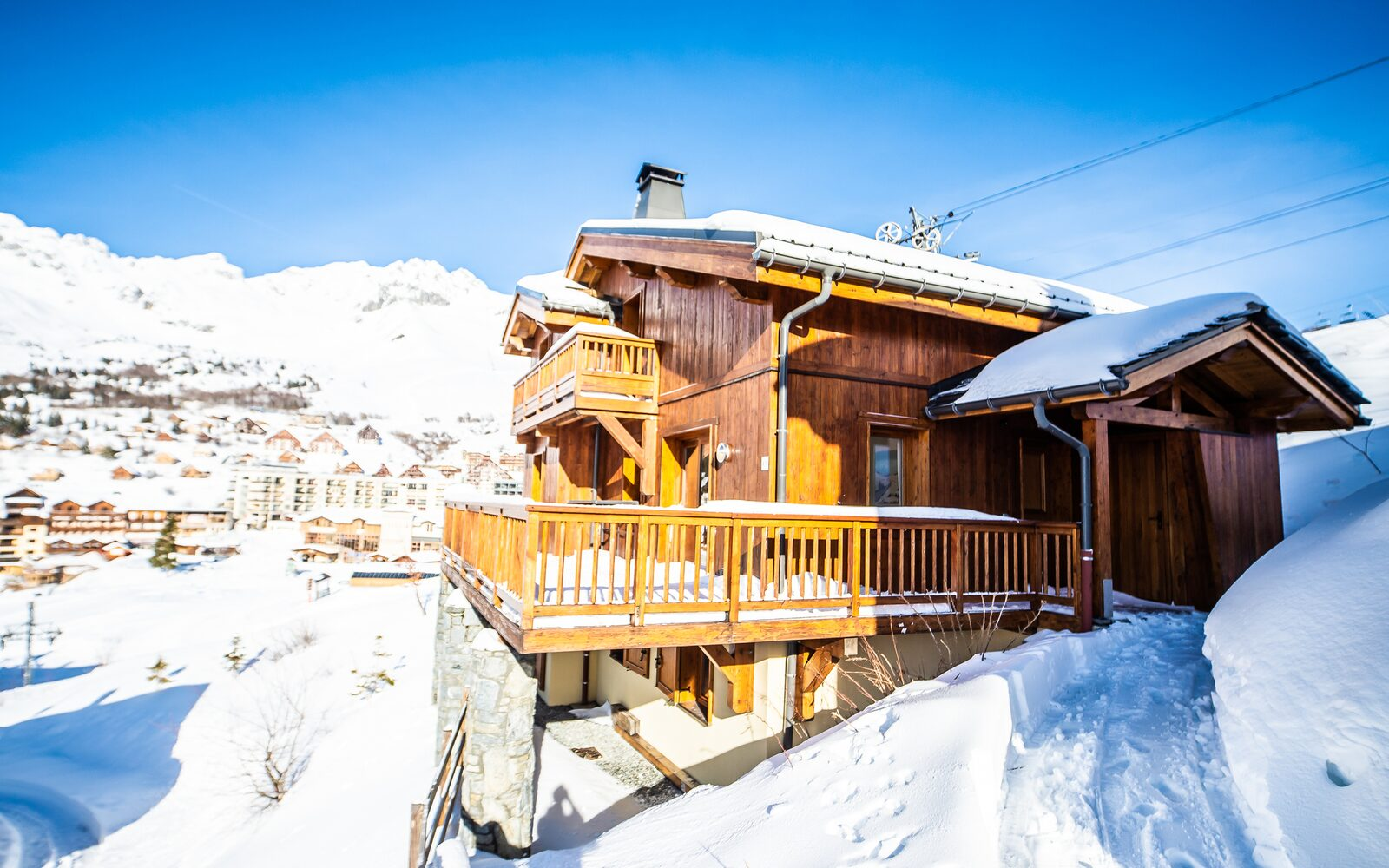 Five-room chalet for eight persons