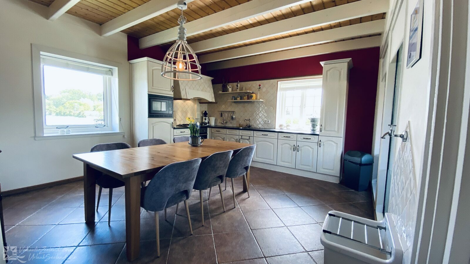 VZ757 Luxurious holiday home in Ouddorp