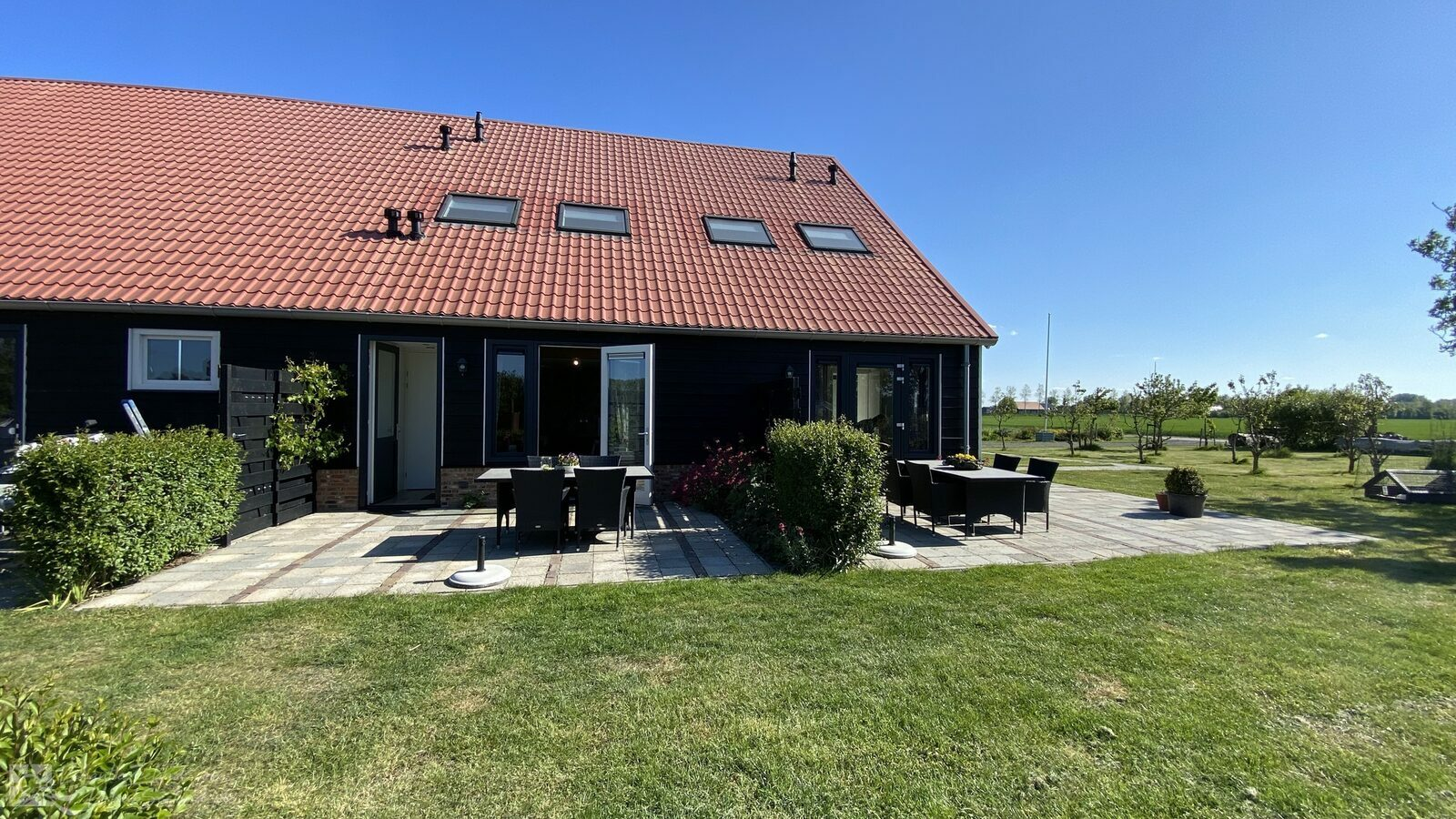 VZ587 Holiday home Vrouwenpolder