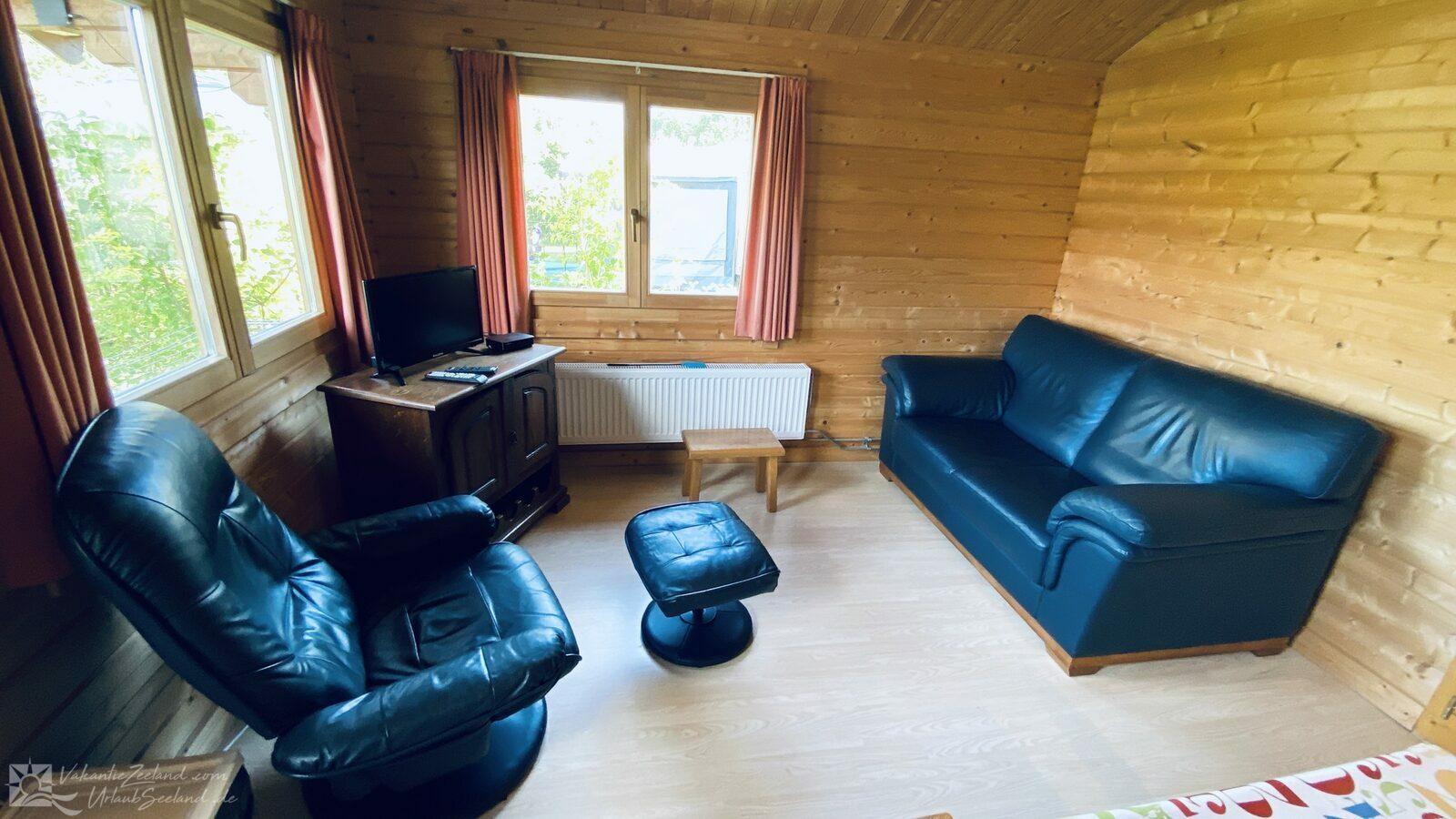 VZ851  Ferienhütte in Ossenisse