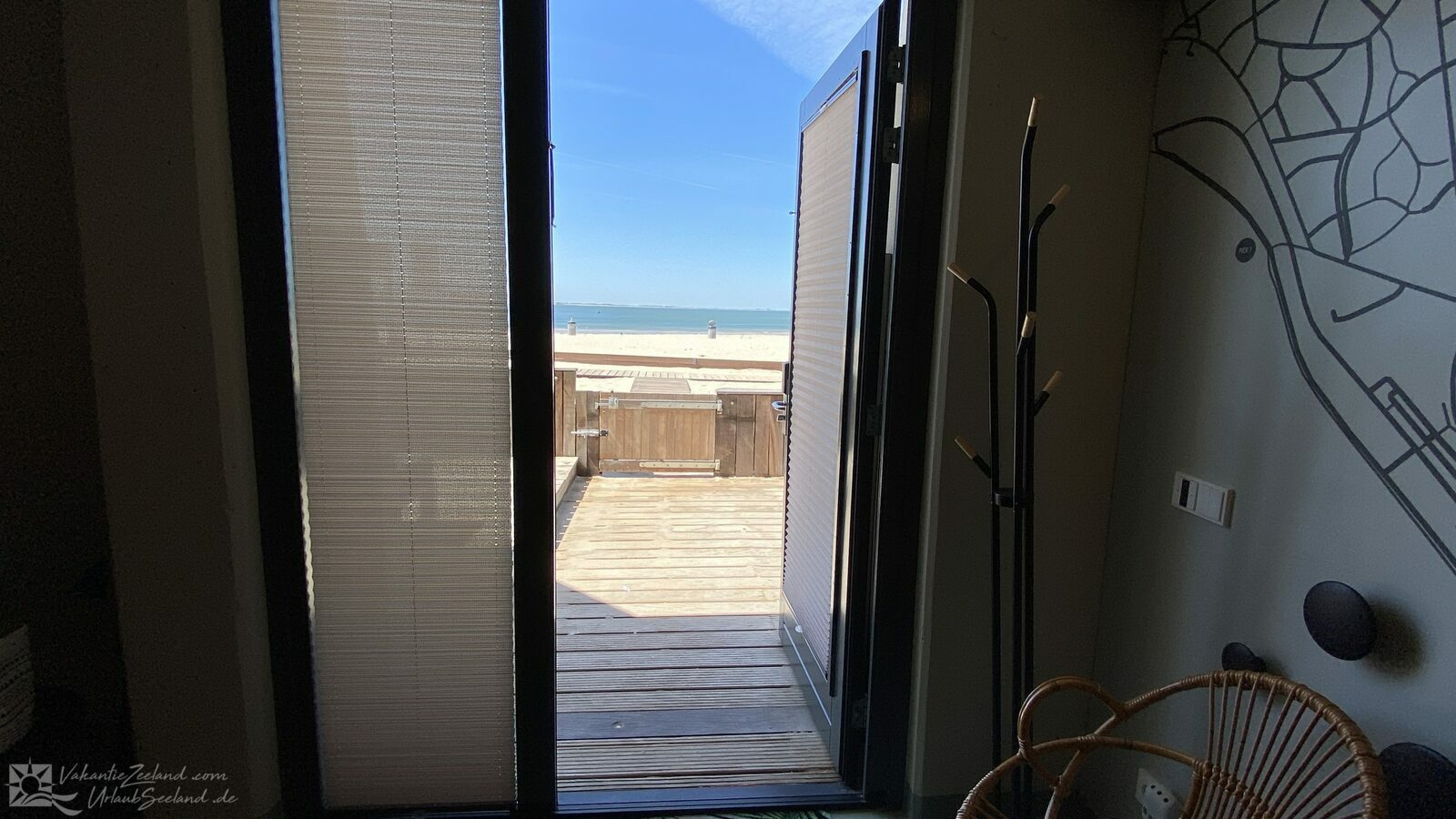 VZ676 Beach Room Vlissingen