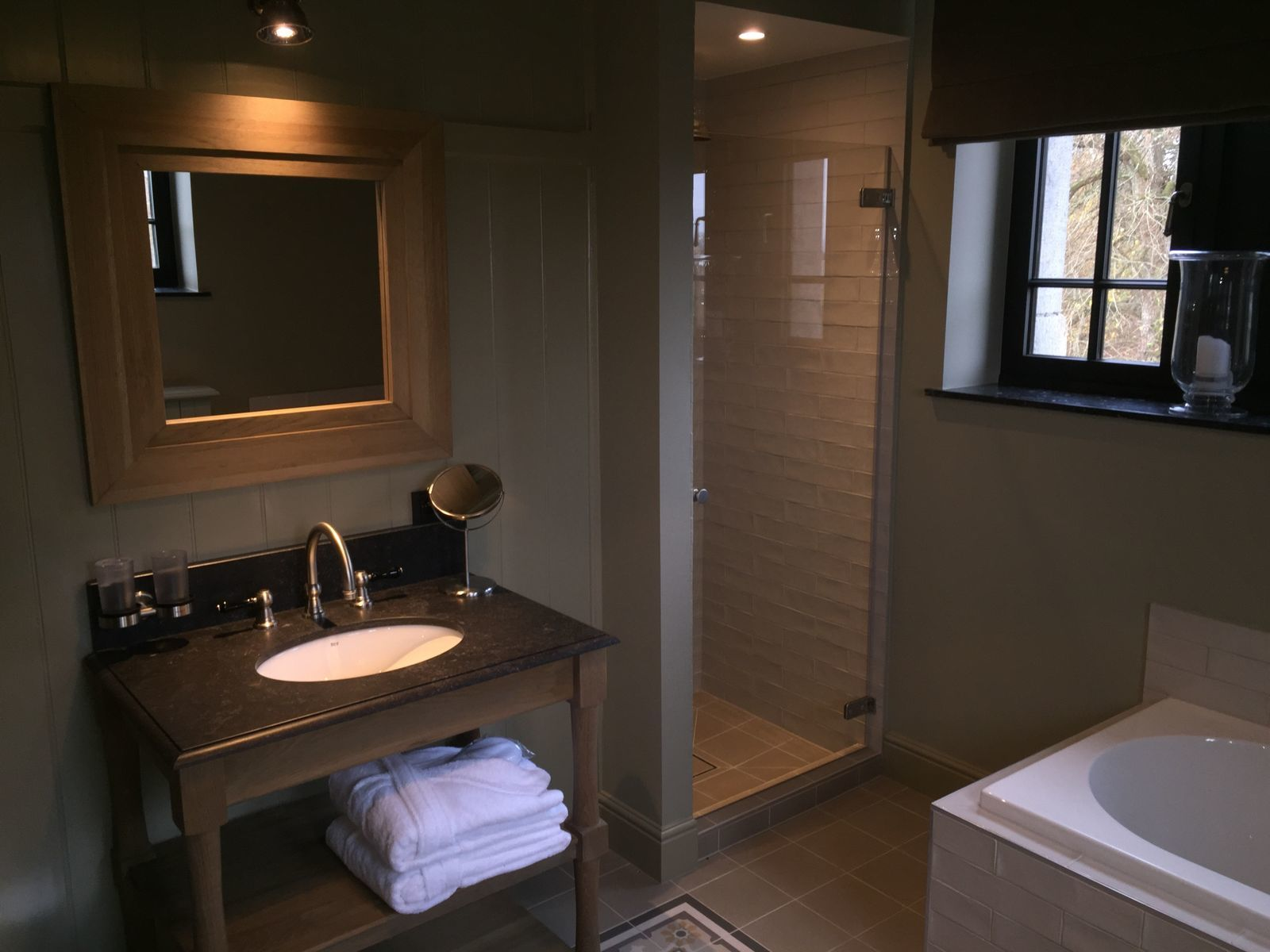 Deluxe landhouse up to 28 people