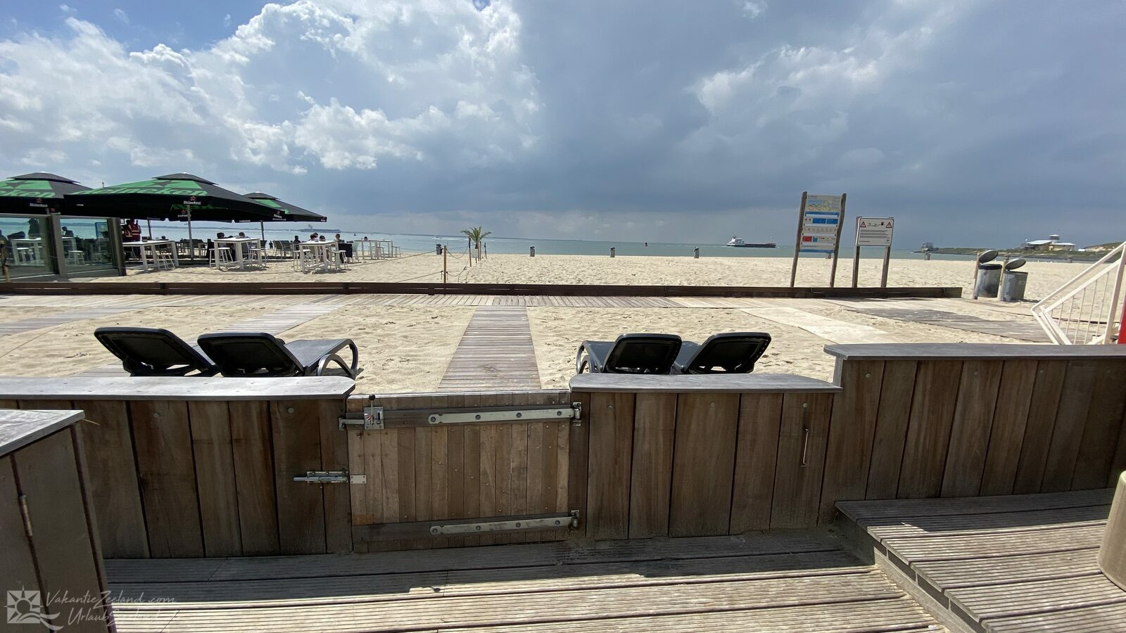 VZ674 Beach studio Vlissingen