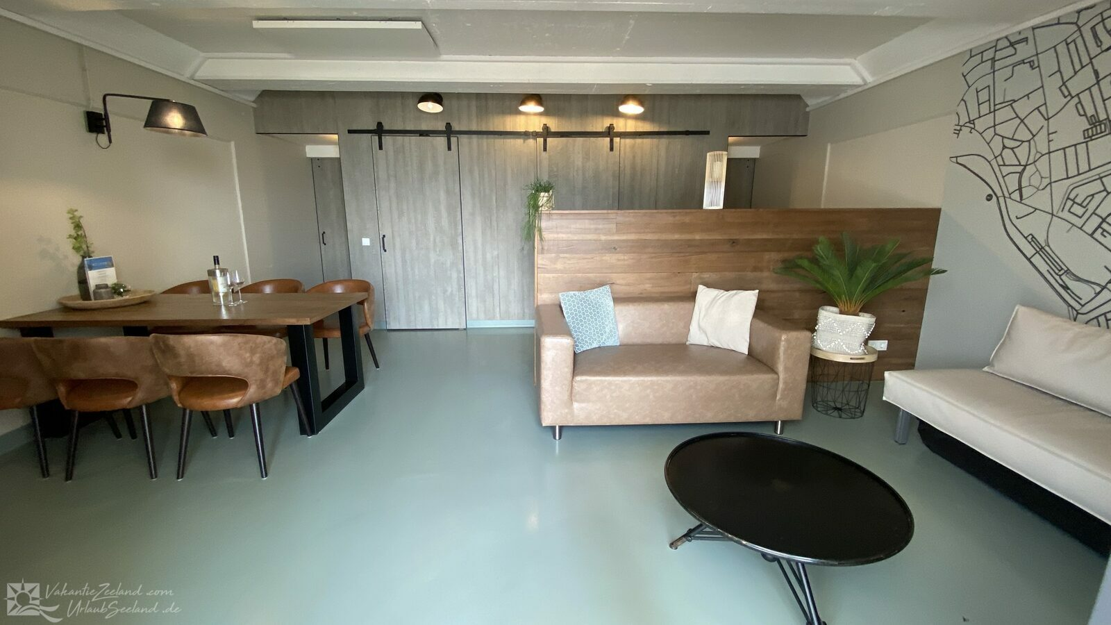 VZ675  Family Beach Room Vlissingen