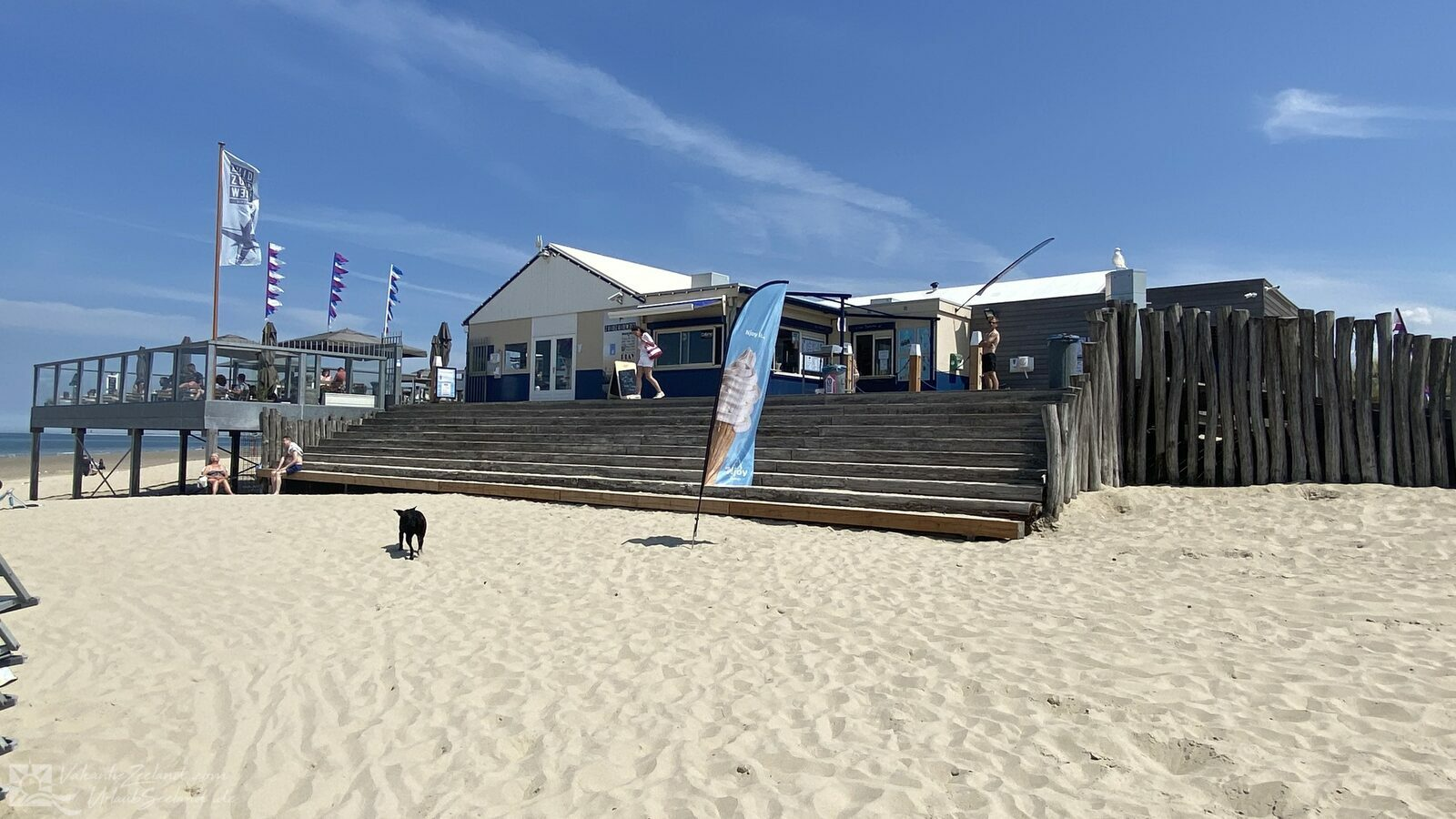 VZ705 Stacaravan in Renesse