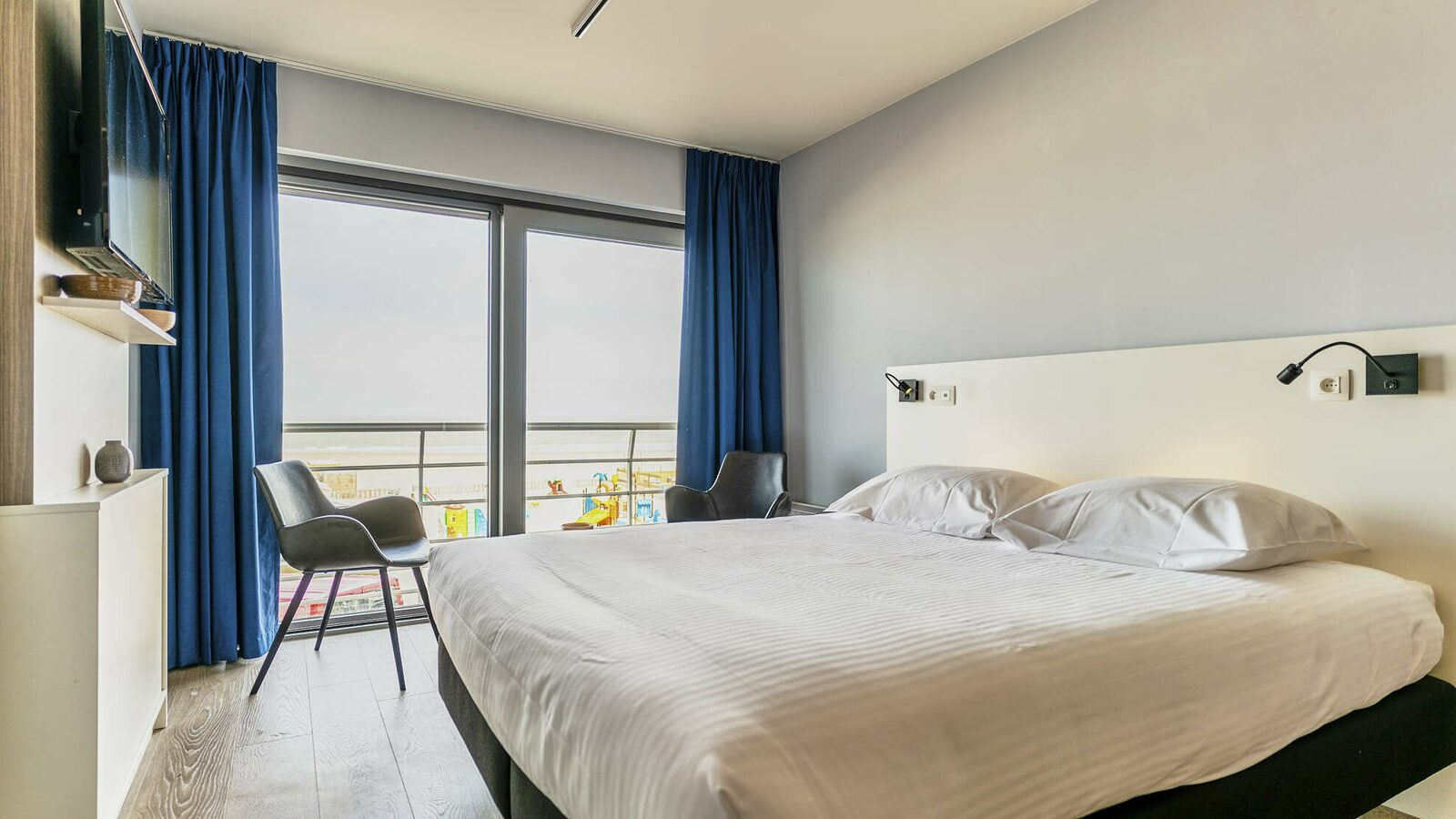 New Holiday Suite for 2 people with seaview