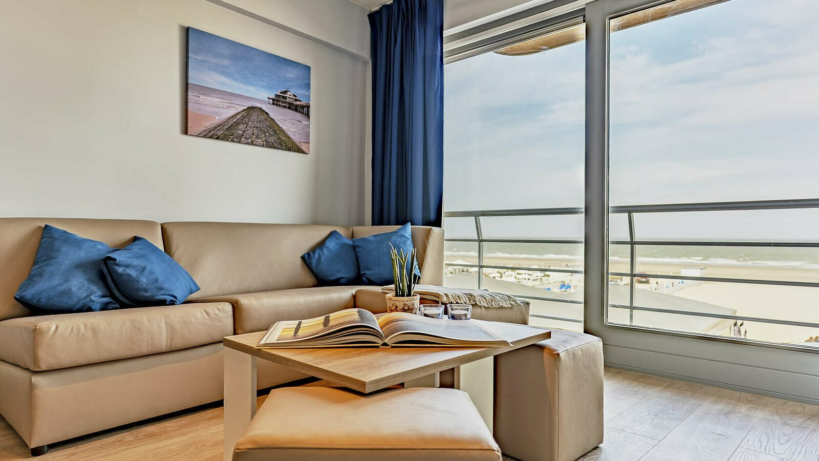 Essential Suite - 4p | Sleeping corner - Sofa bed | Balcony - Sea view