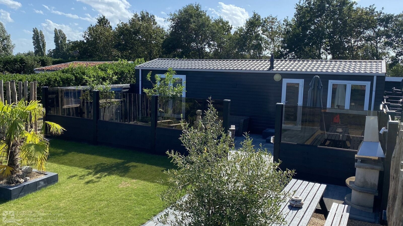 VZ809 Holiday chalet Renesse
