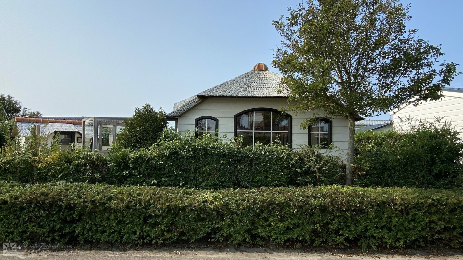 VZ792 Holiday chalet in Renesse