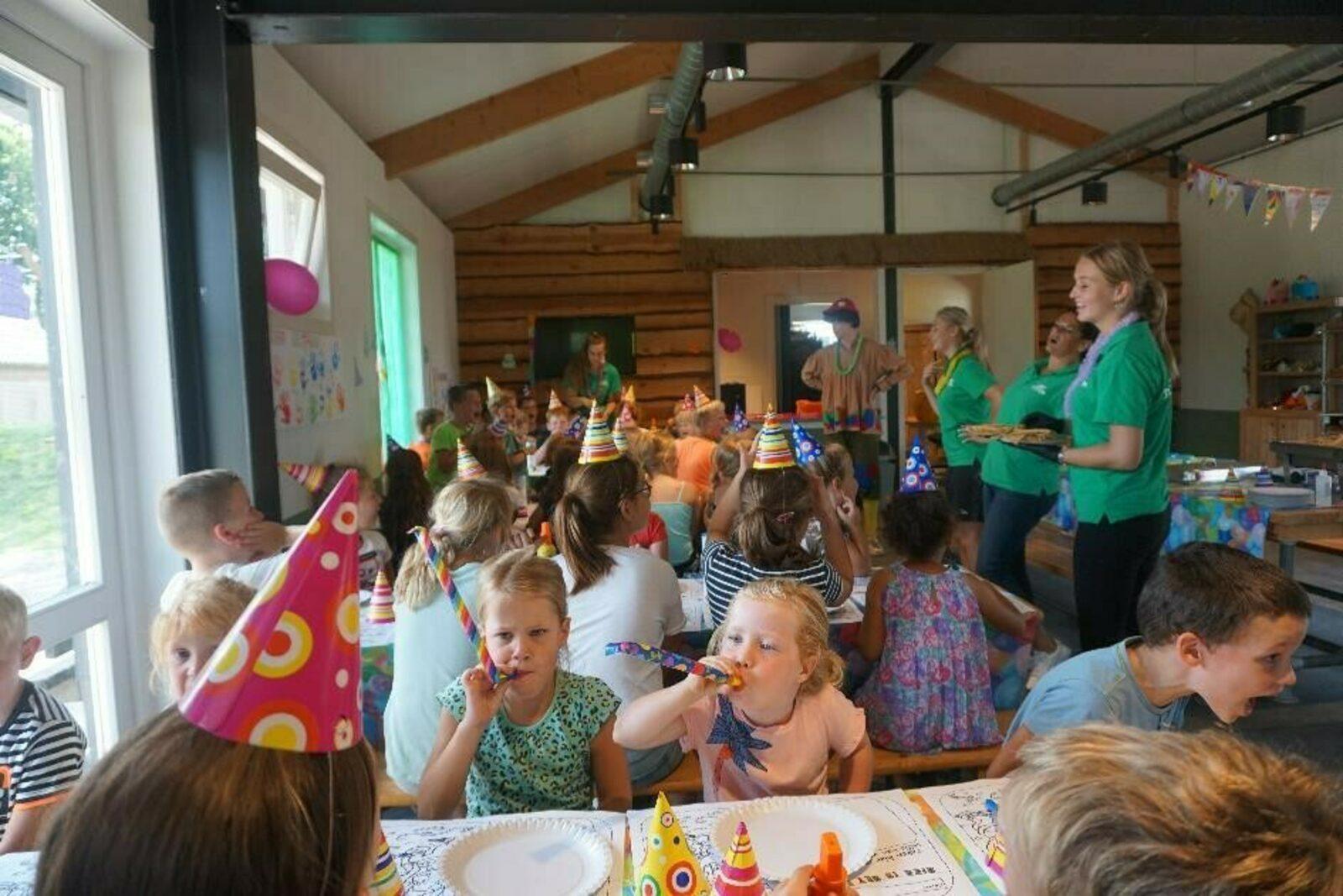 Voorde Bungalow für 16 Personen
