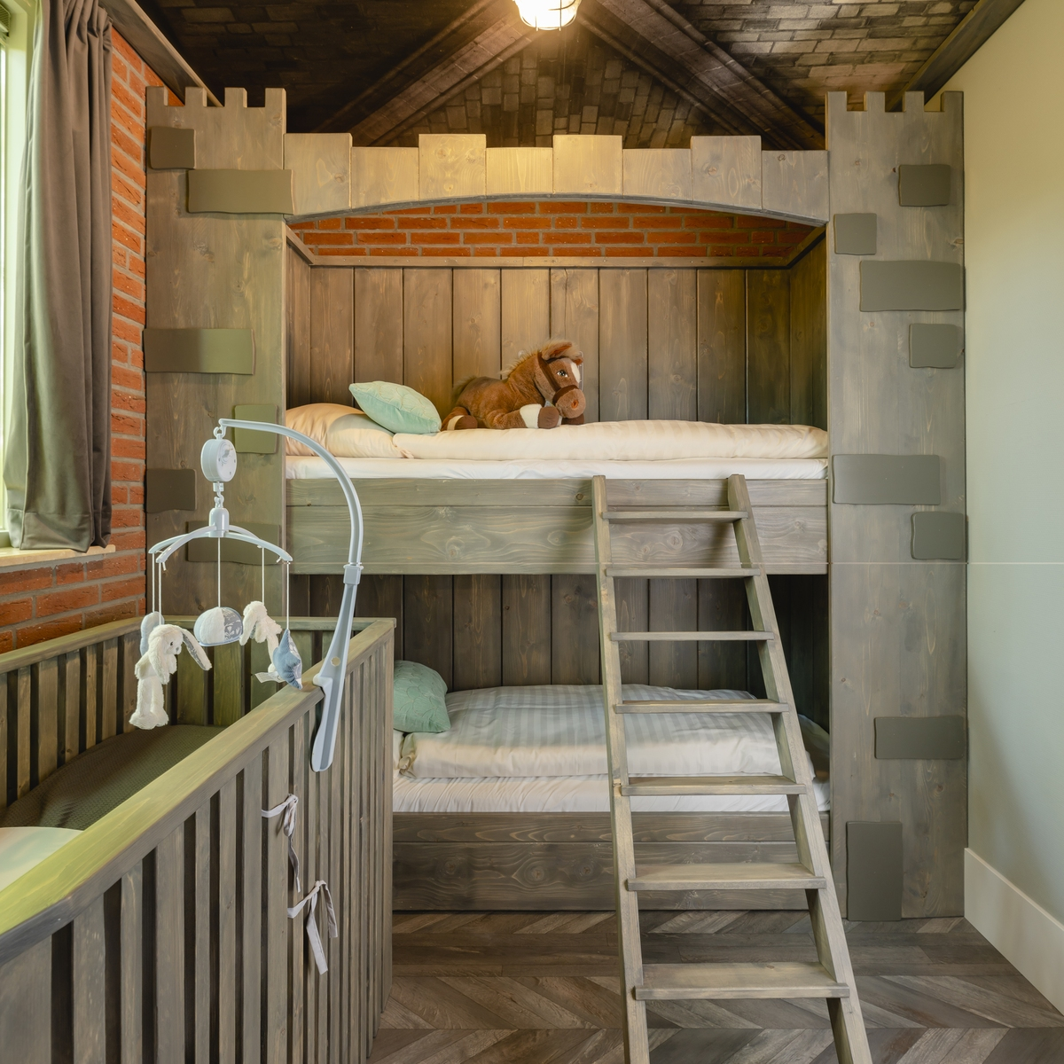 5-person baby & children's bungalow