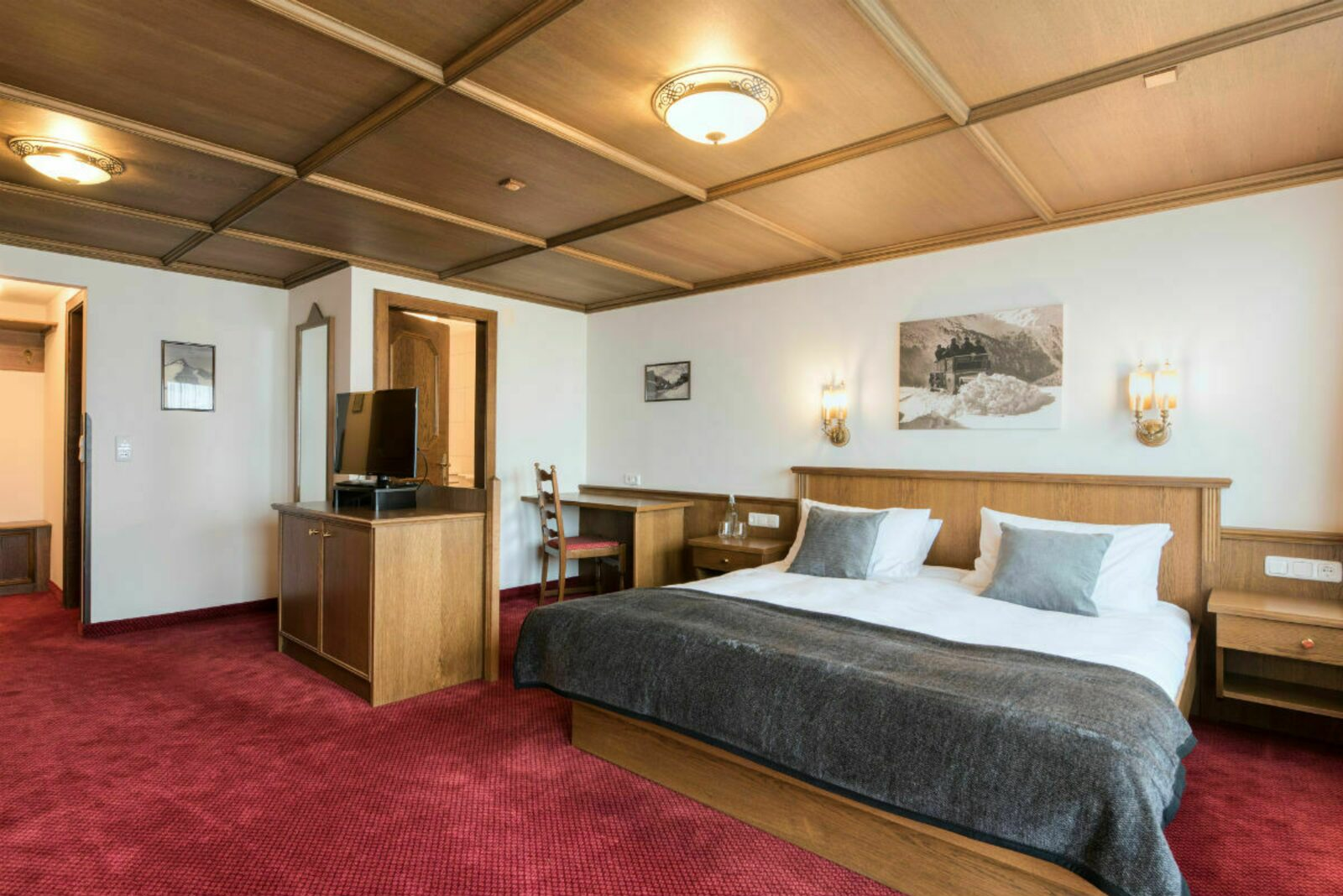 Hotelzimmer Deluxe | 2-4 Pers.