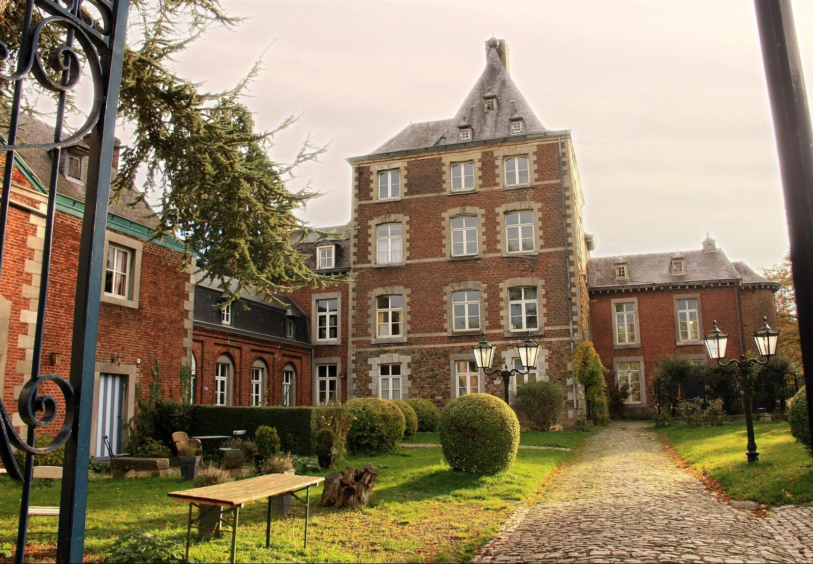 Chateau Cortils - Balkonappartement