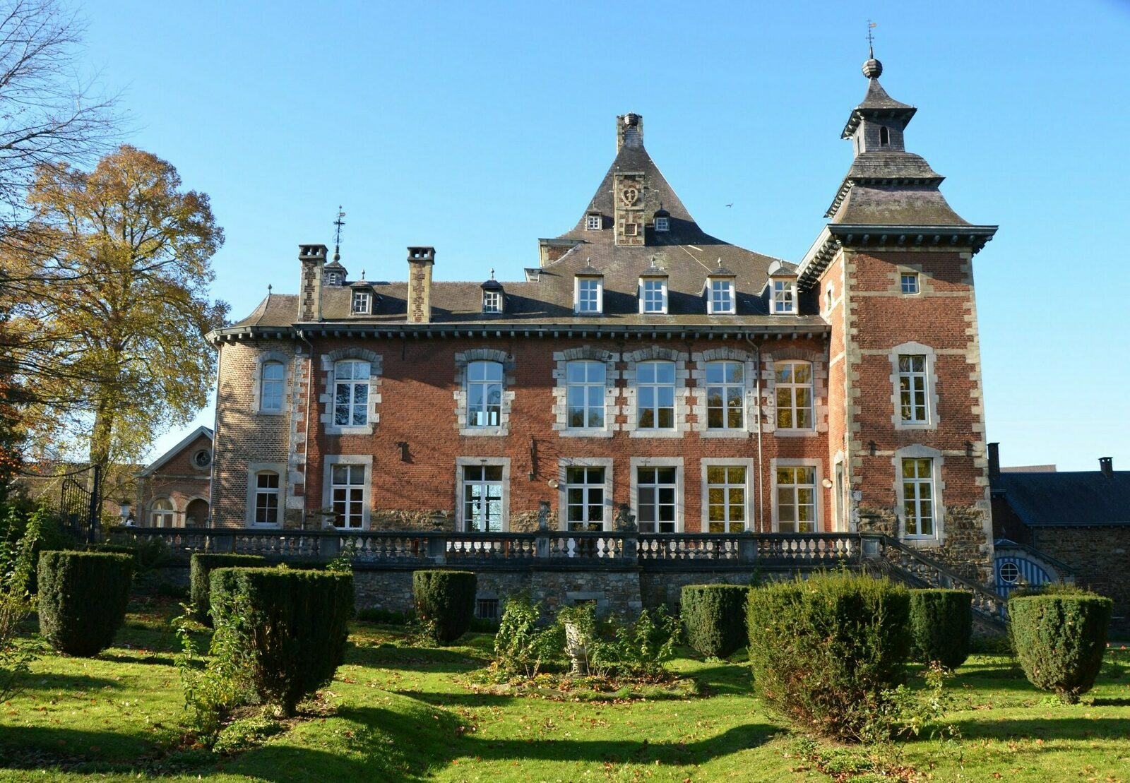 Chateau Cortils - Bordesappartement