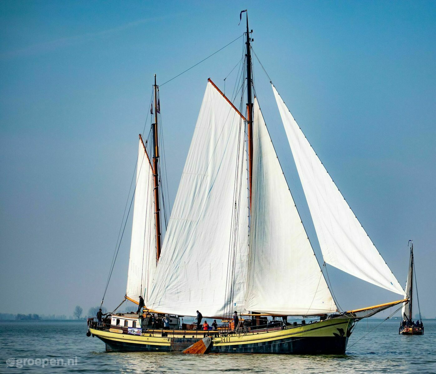HollandSail28