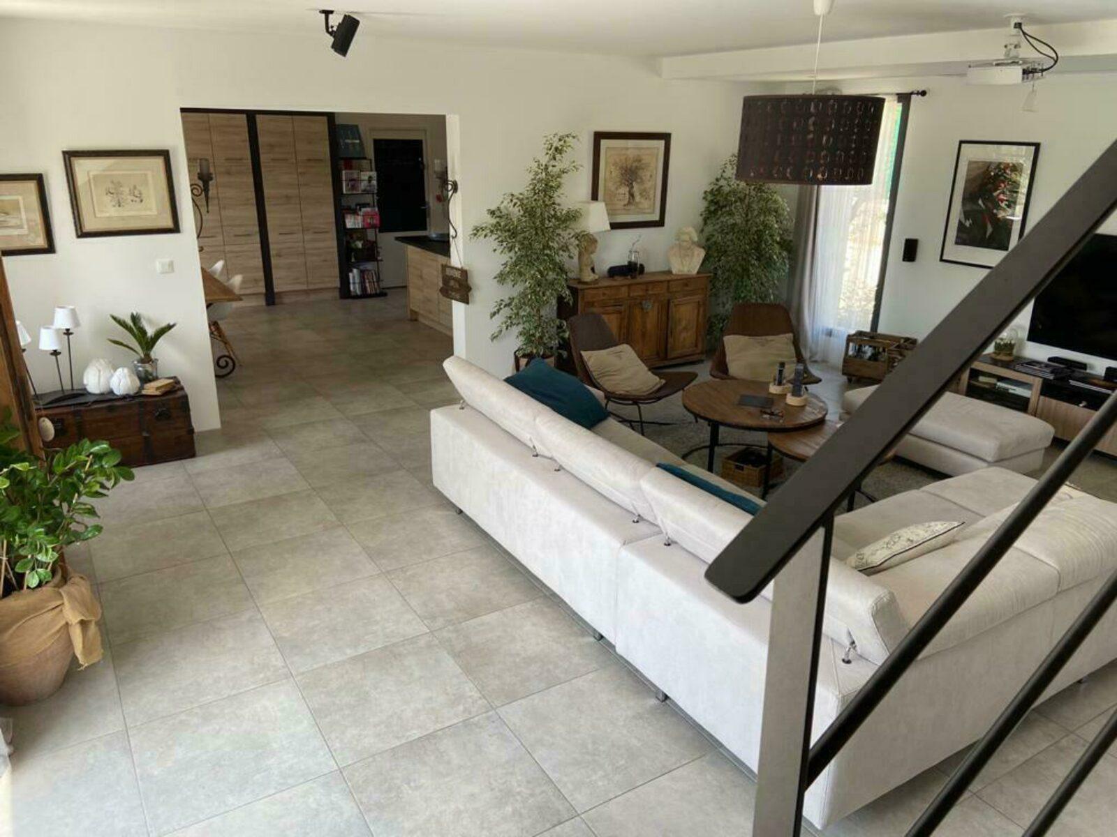 Villa Malion  oude mas met zwembad en Provencaalse sfeer