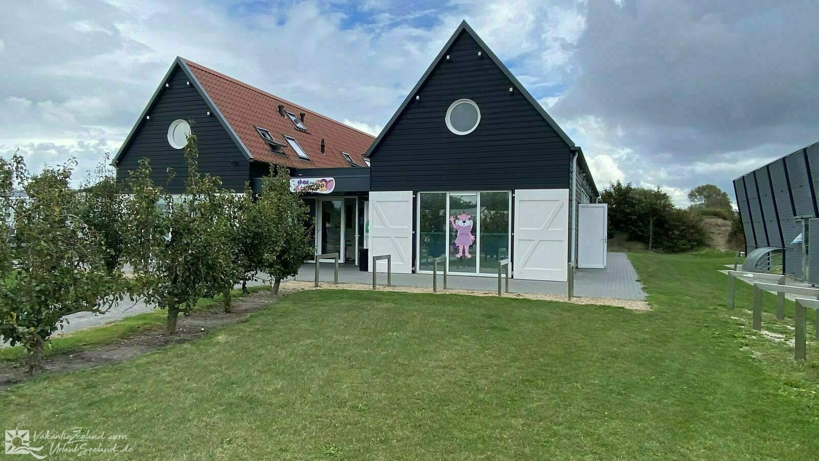 VZ931 Holiday chalet in Oostkapelle