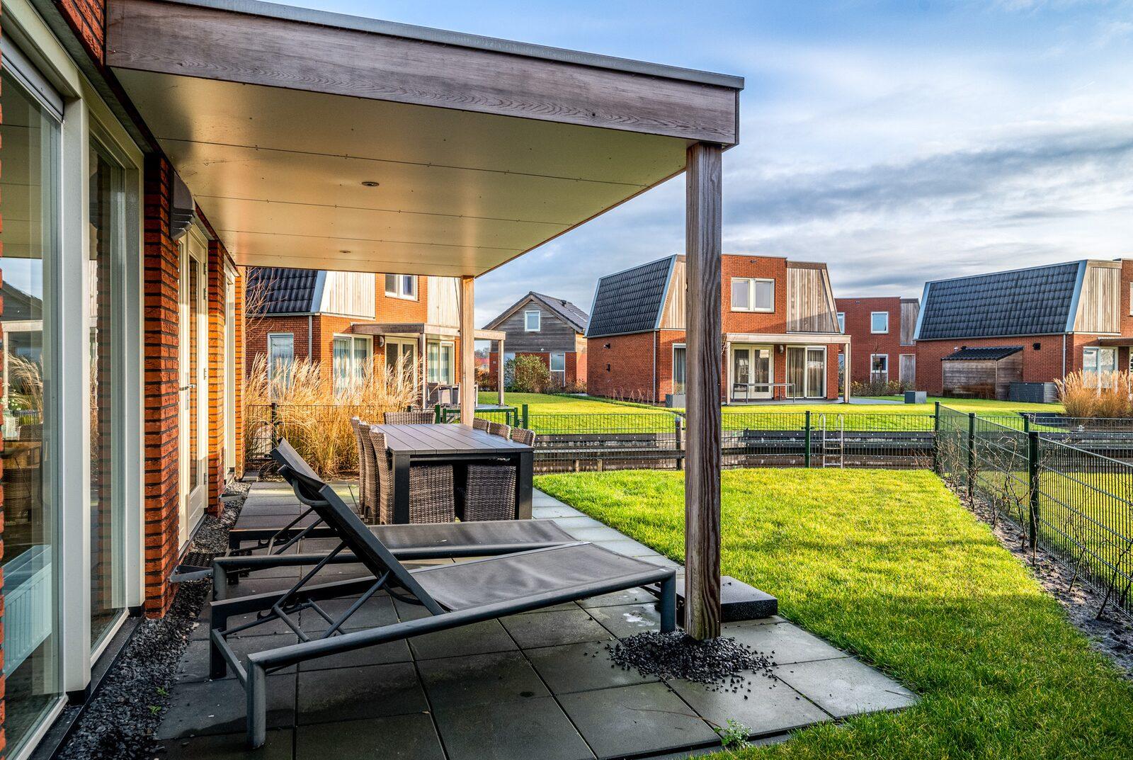 Sneekermeer Ferienhaus 8 mit Whirlpool