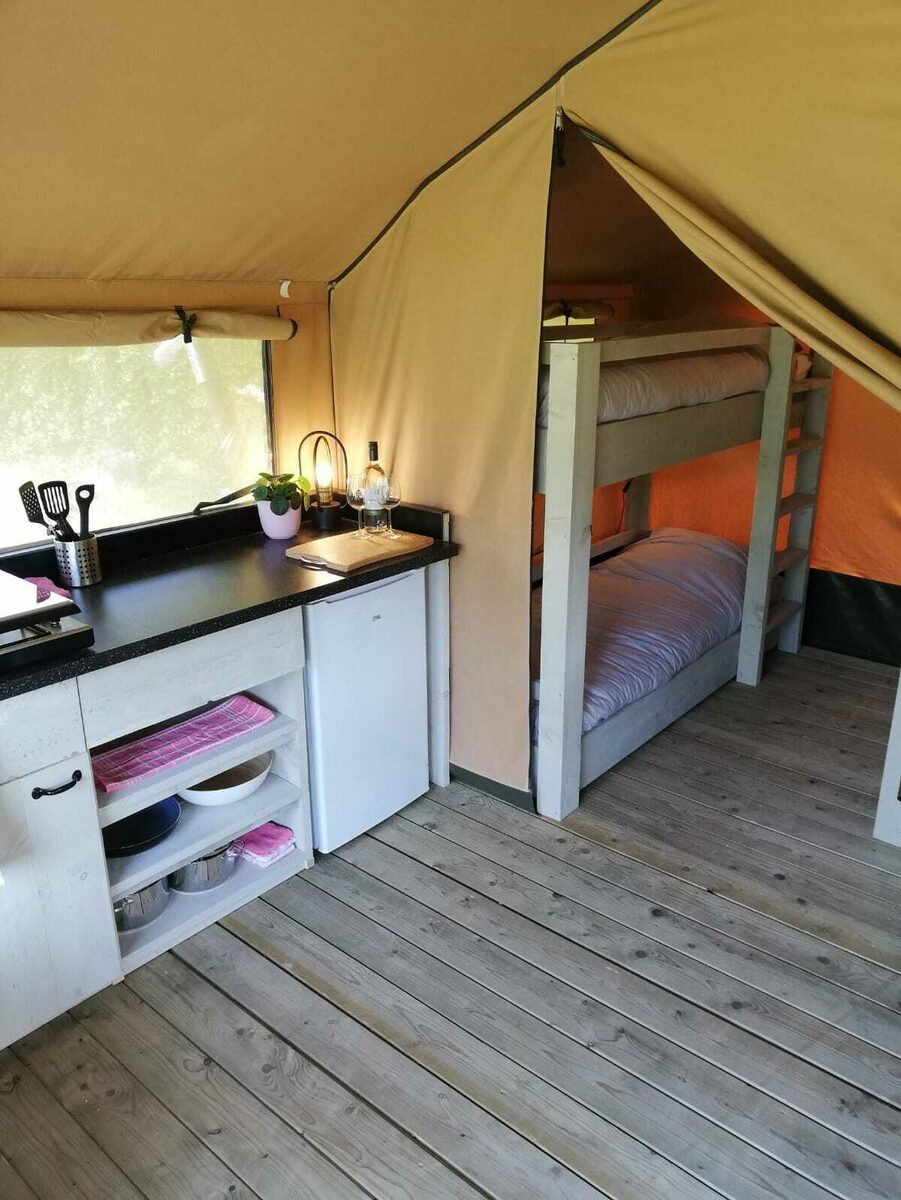 Camping Betuwe | Luxe Compact 4 pers.