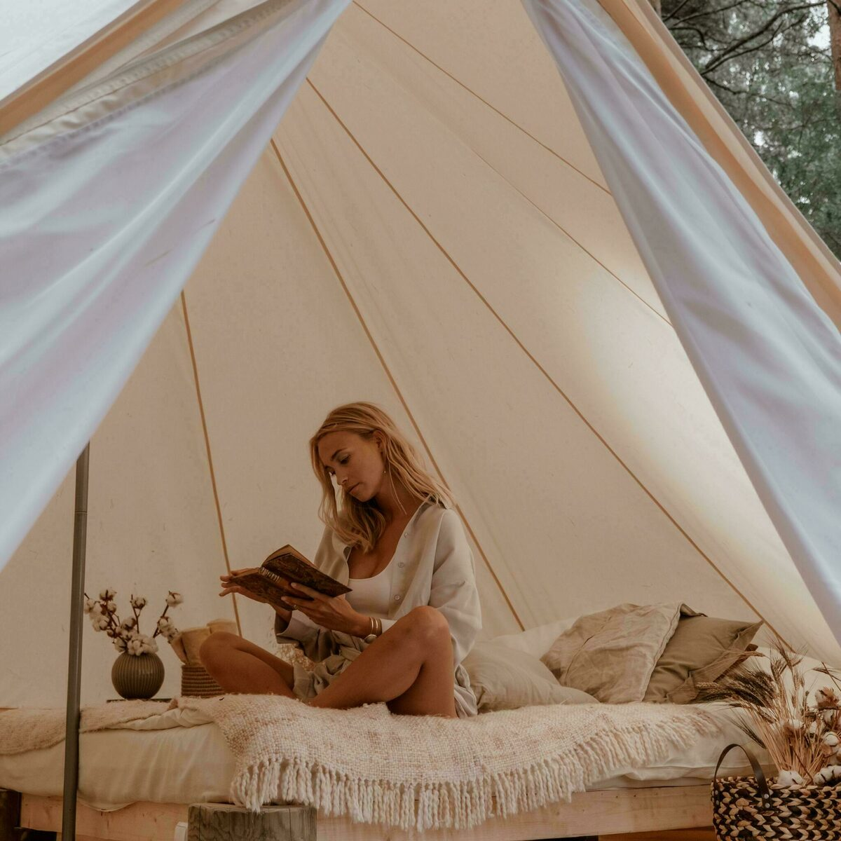 Pop-up glamping: 12x Awaji 2P + 12x Belltentje 2P | 48 pers.