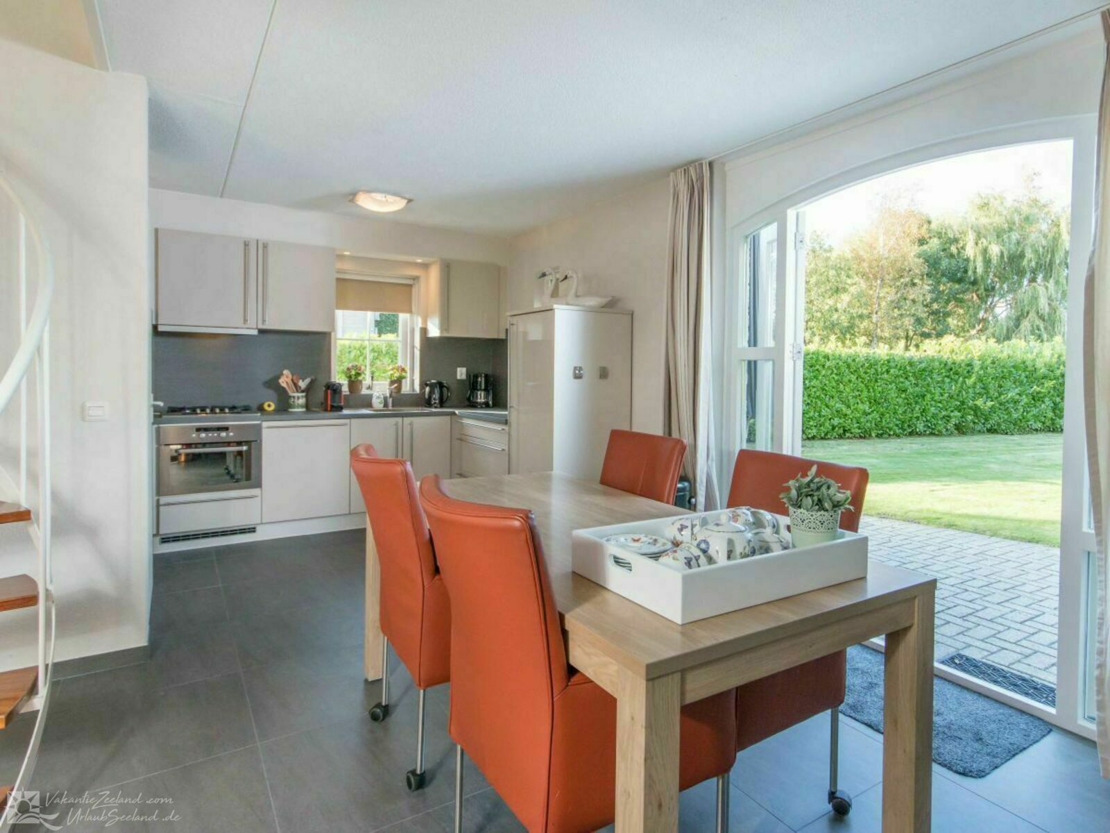 VZ955 Holiday home in Brouwershaven