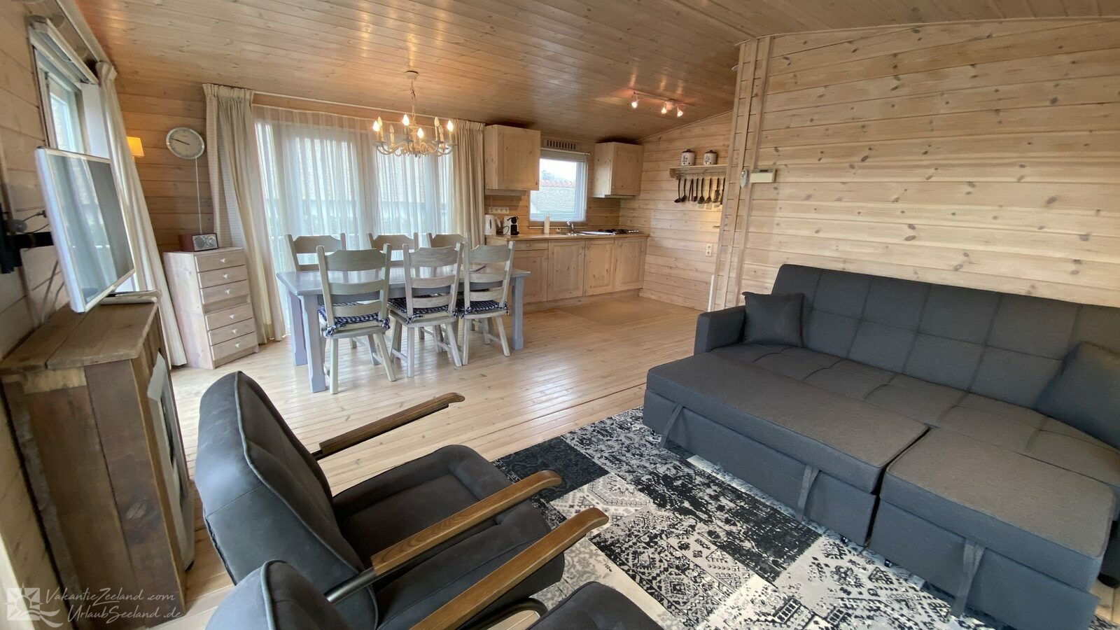 VZ954 Holiday chalet in Sint-Annaland