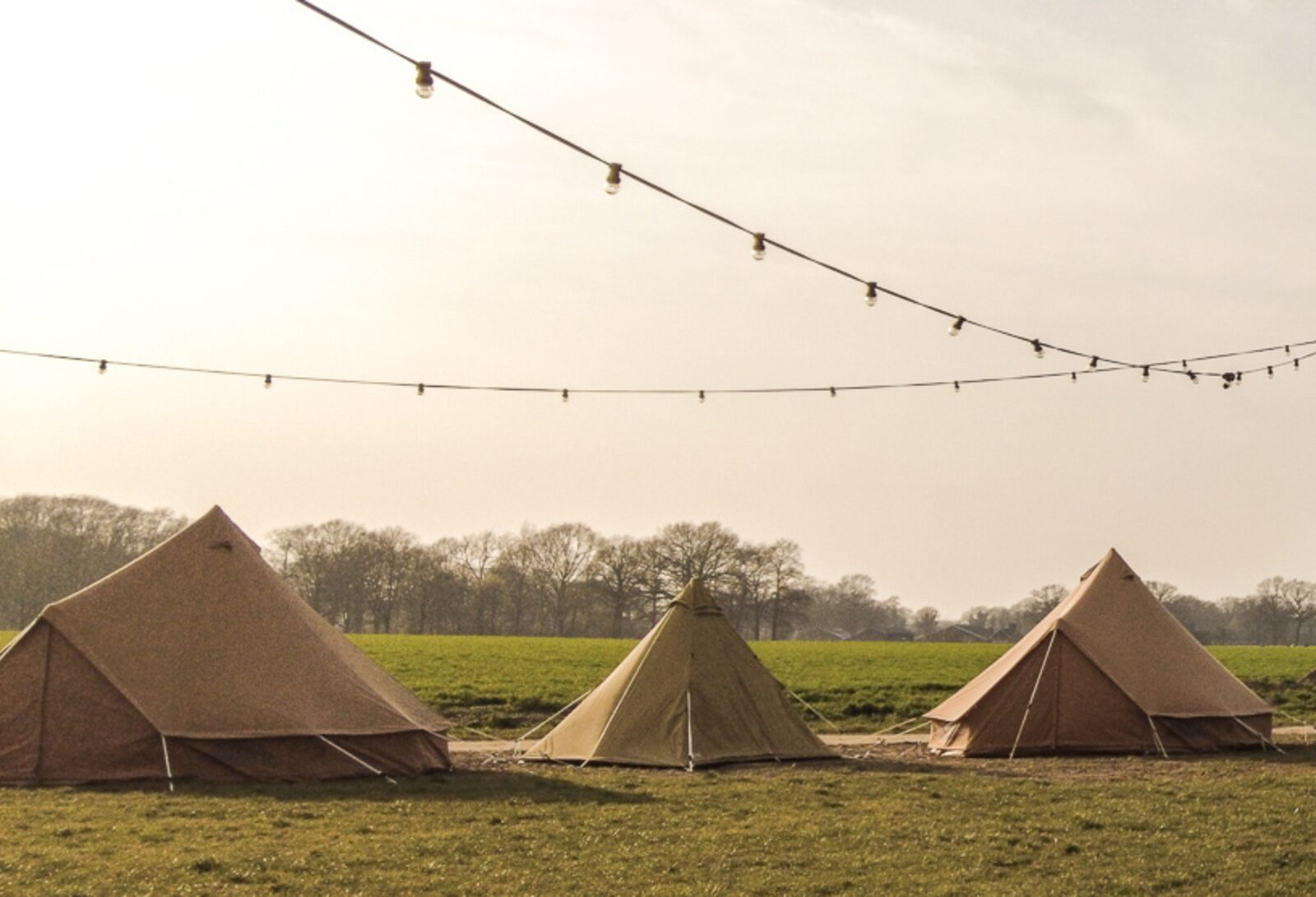 Pop-up glamping: Buurvrouws' Belltentje | 2-4 pers.