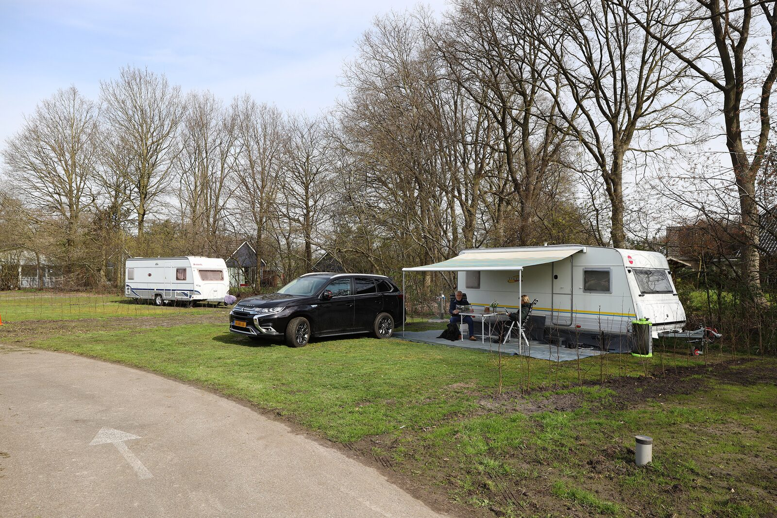 Camping pitch with parking spot