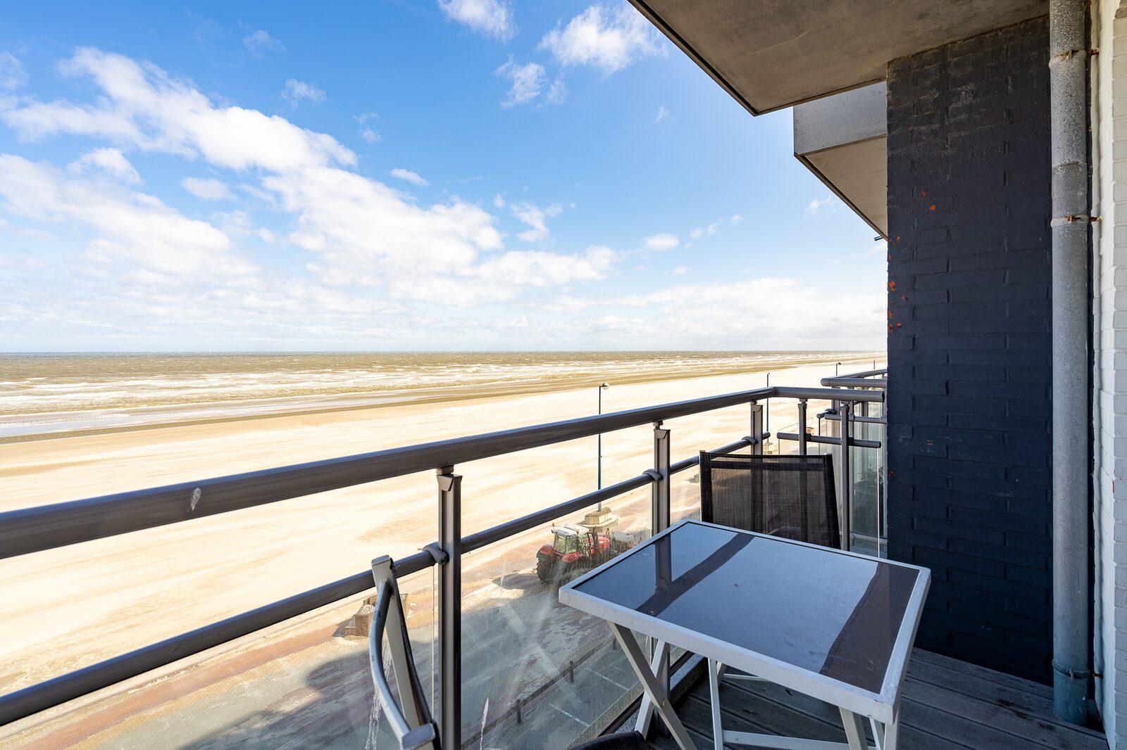 Vakantieverblijf voor 6 personen met balkon en zeezicht