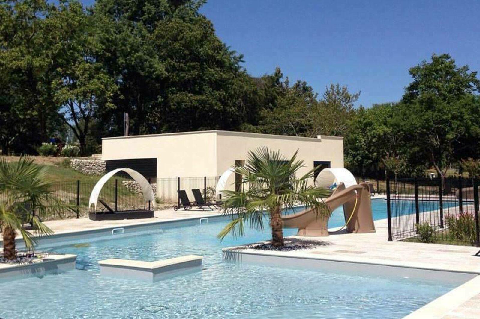 La Palanque - Acer op kleinschalig vakantiedomein