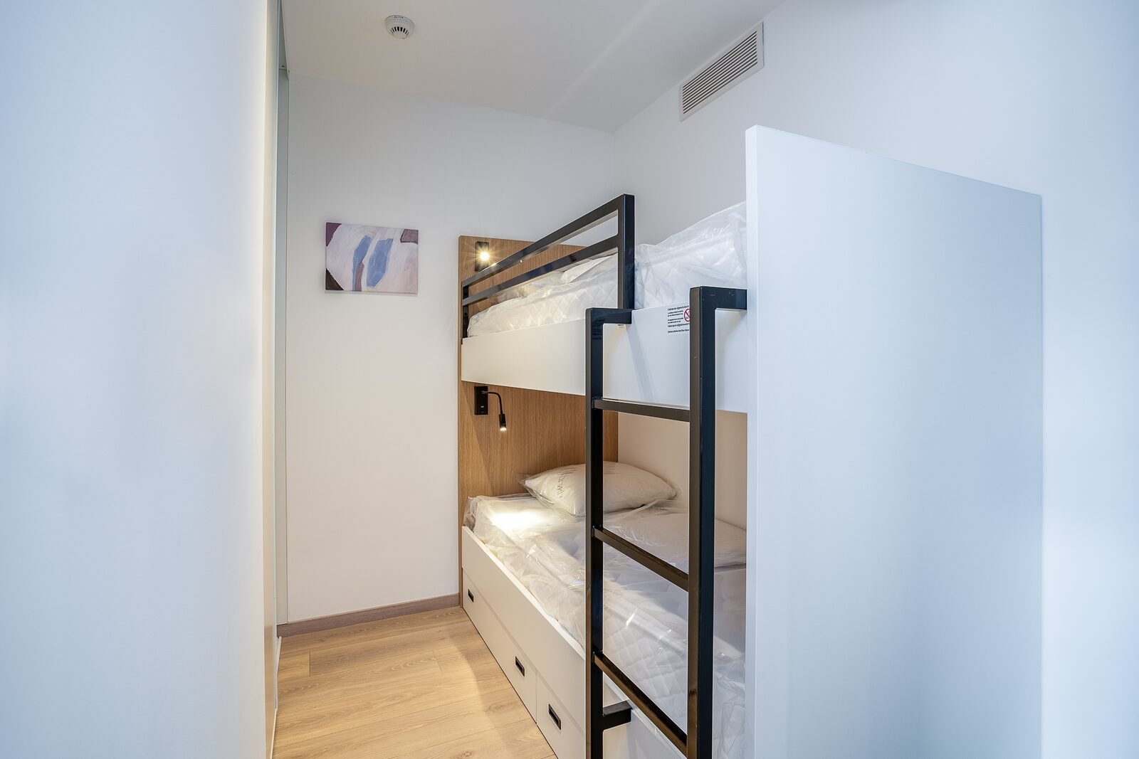 New standard suite for 4 people with  double bed and bunk bed