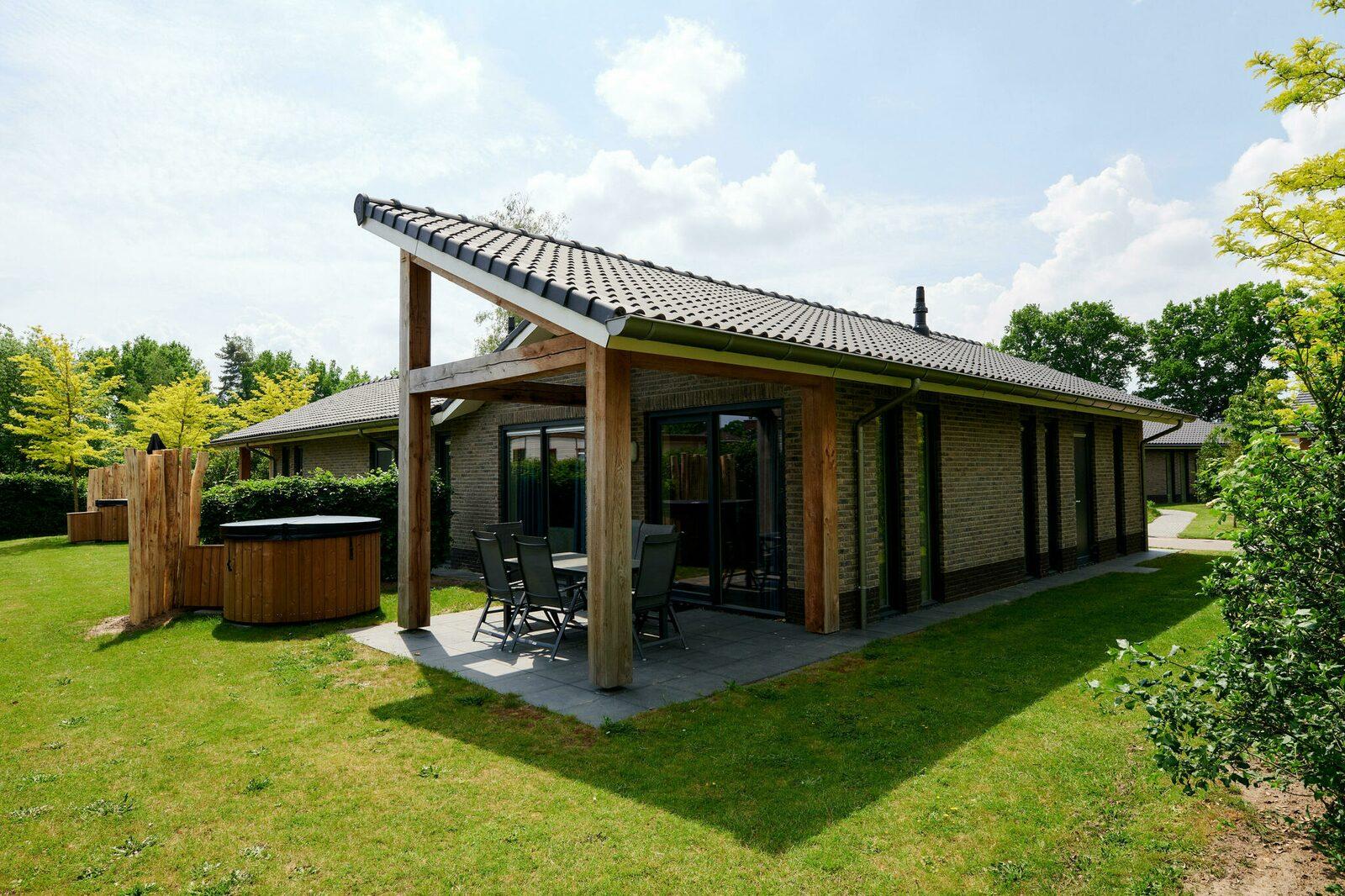 Villa Vogelveld Jacuzzi | 4-6 Pers.