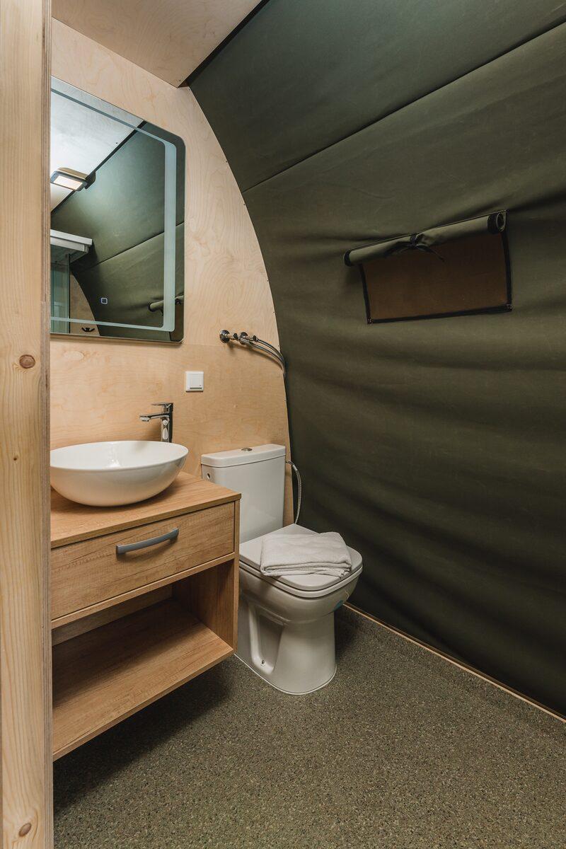 Luxus Lodgetent XL stellt private Sanitäranlagen | 4 Pers.