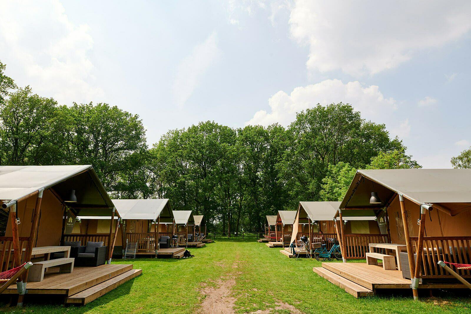 Recreatiepark de Lucht | Villatent XL met sanitair | 4 tot 6 pers.