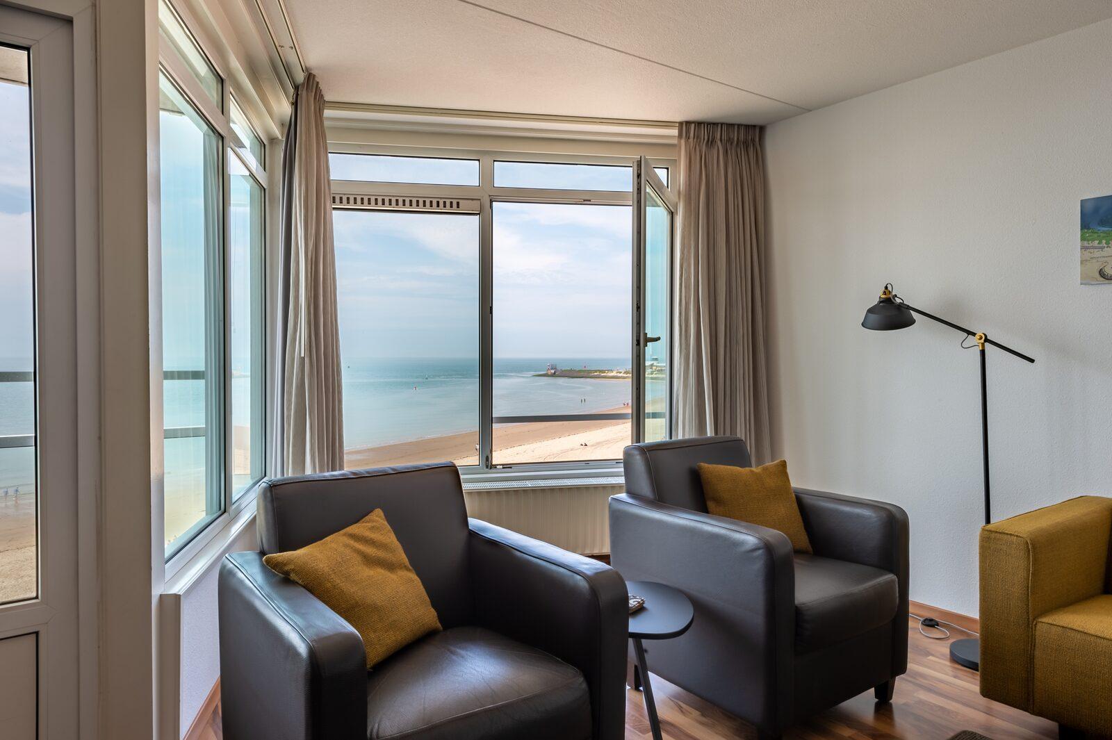 3-room corner apartment with ocean view