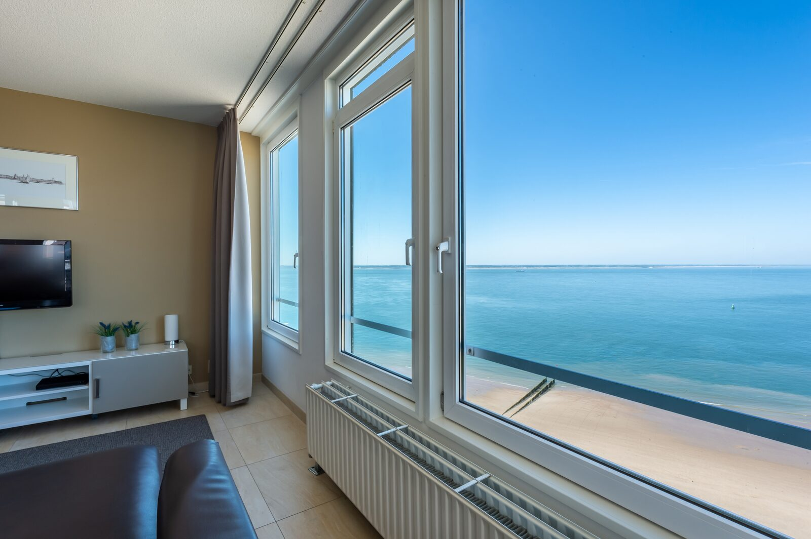 Penthouse 750 with ocean view