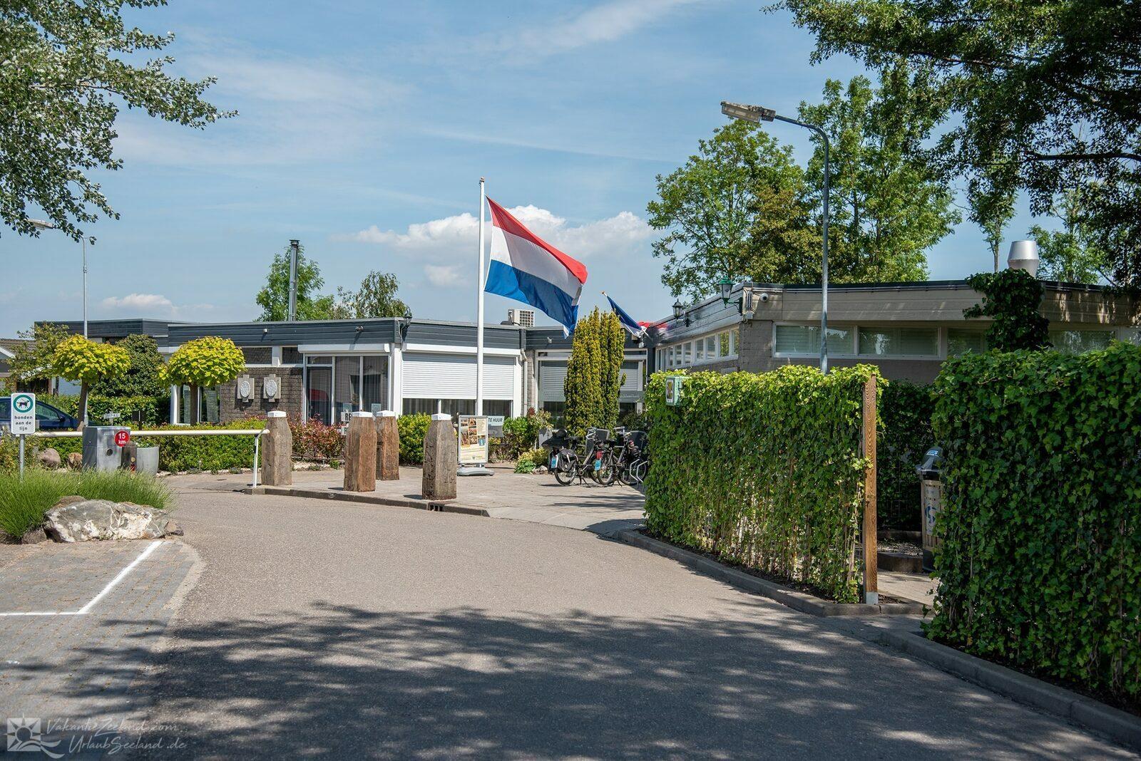 VZ474 Holiday chalet Sint-Annaland