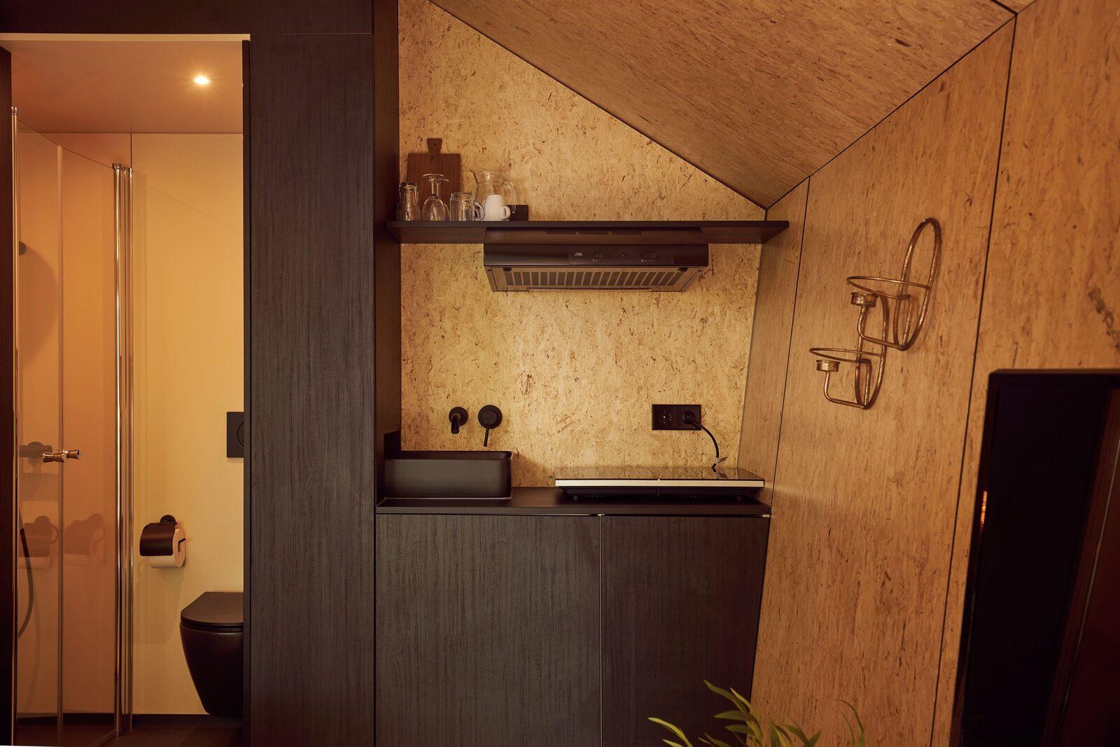Diamond Suite