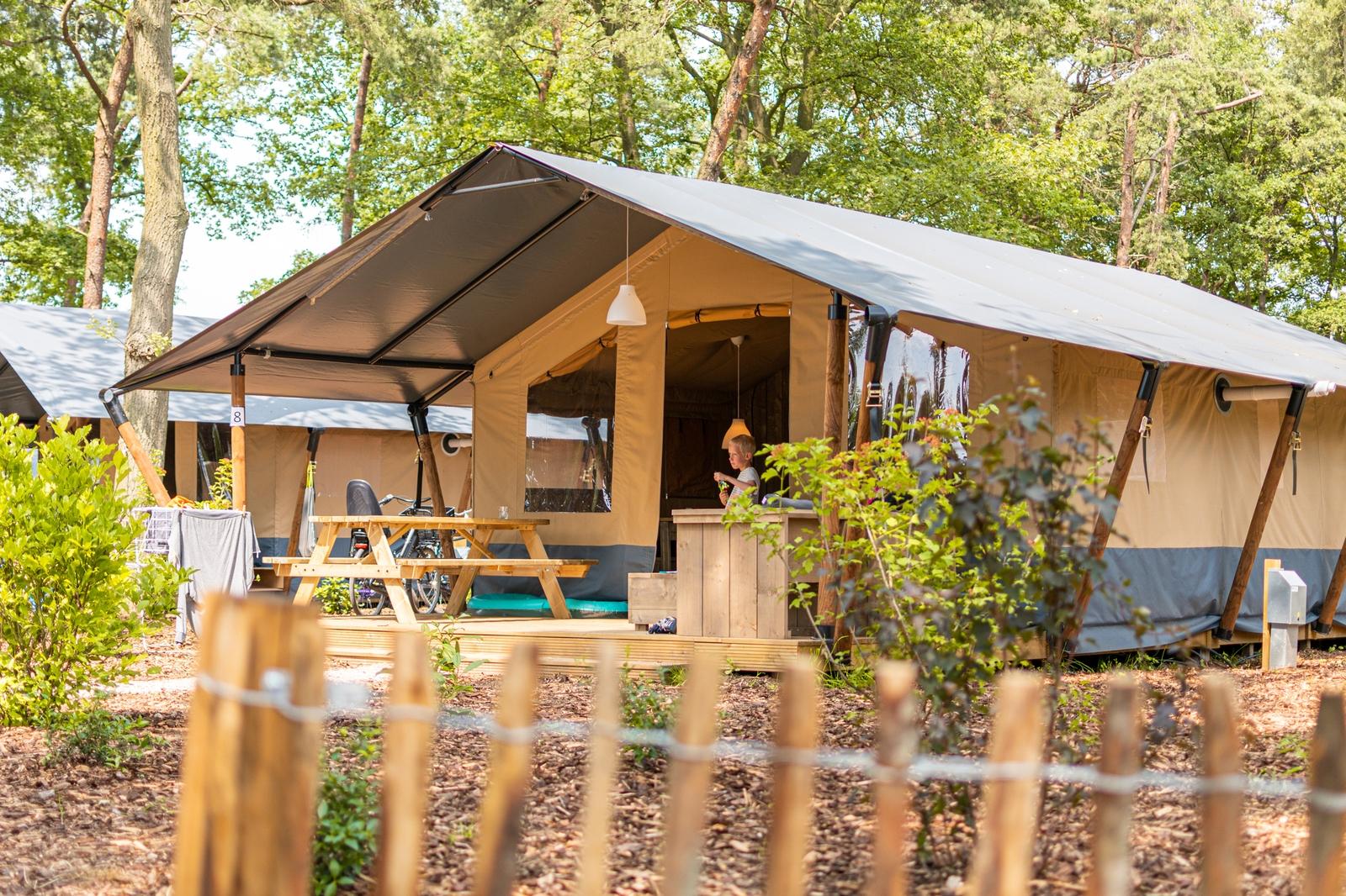 Luxe safaritent met sanitair | 6 personen