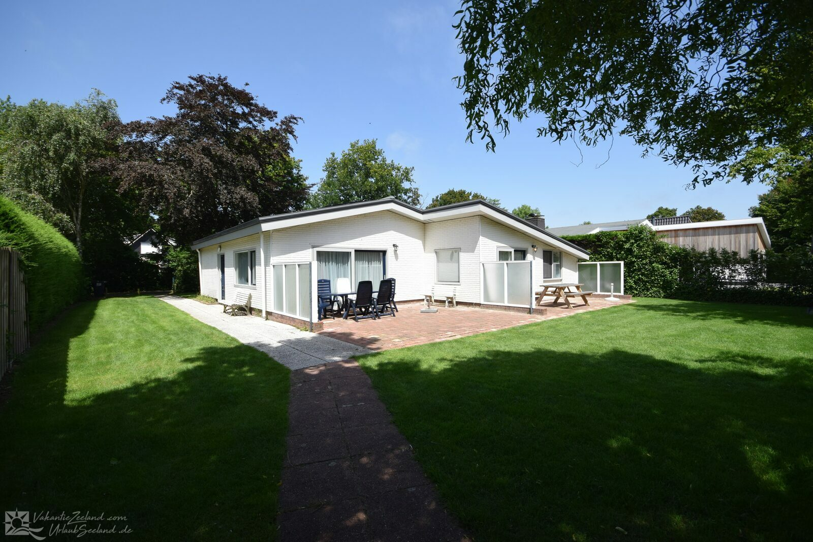 VZ1032 Holiday bungalow in Oostkapelle